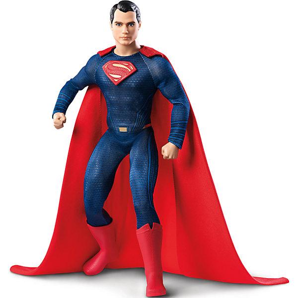 Коллекционная кукла Barbie Бэтмен против СуперменаКоллекционные фигурки<br>Коллекционная кукла Barbie Бэтмен против Супермена – кукла, имеющая огромное сходство с героиней фильма, станет украшением коллекции.<br>Коллекционная кукла Barbie, Супермен – это кукла в образе главного героя фильма Бэтмен против Супермена: На заре справедливости. Игрушечный Супермен очень похож на актёра Генри Кавилла, который сыграл эту роль в киноленте. Кукла тщательно детализирована, поэтому понравится коллекционерам, собирающим фигурки героев фильмов. У куклы темные волосы и ярко-синие глаза. Костюм игрушечного Супермена идентичен костюму экранного прототипа. Он одет в облегающий костюм синего цвета с нашитой буквой S на груди, красный плащ и высокие красные сапоги. Руки и ноги у куклы шарнирные, сгибаются в локтях и коленях, голова поворачивается в стороны.<br><br>Дополнительная информация:<br><br>- Высота куклы: 29 см.<br>- Материал: пластик, текстиль<br>- Кукла не предназначена для переодевания<br>- Глаза: нарисованные<br>- Размер упаковки: 9 x 18,5 x 33,5 см.<br>- Вес: 390 гр.<br><br>Коллекционную куклу Barbie Бэтмен против Супермена можно купить в нашем интернет-магазине.<br><br>Ширина мм: 90<br>Глубина мм: 185<br>Высота мм: 335<br>Вес г: 390<br>Возраст от месяцев: 36<br>Возраст до месяцев: 84<br>Пол: Женский<br>Возраст: Детский<br>SKU: 4713574