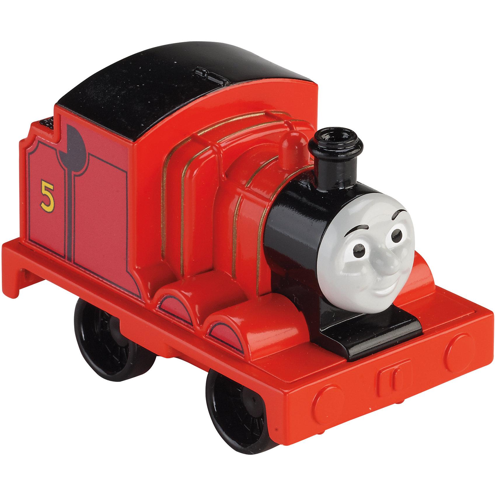 Веселые друзья-паровозики, Томас и его друзьяИгрушечная железная дорога<br>Веселые друзья-паровозики, Томас и его друзья – это паровозик привлечет внимание вашего малыша и не позволит ему скучать.<br>Маленький, свободно перемещающийся паровозик Джеймс выполнен из пластика в виде персонажа популярного мультсериала Томас и его друзья. Джеймс - тендерный паровоз под номером 5. Он самый самовлюбленный из всех паровозов острова Содор, считая, что красный цвет делает его исключительным. Паровозик можно катать по самым разным поверхностям, т.к. у него гладкие колеса. Маленькие паровозики удобны и идеально подходят даже для самых маленьких! Игрушки можно толкать перед собой, что очень понравиться любому малышу! В продаже имеются пять персонажей серии «Томас и его друзья»: Томас, Перси, Гарольд, Дизель и Гордон.<br><br>Дополнительная информация:<br><br>- Размер паровозика: 6,3 x 5,7 x 9,3 см.<br>- Материал: пластик<br><br>Паровозик Джеймс серии Веселые друзья-паровозики, Томас и его друзья можно купить в нашем интернет-магазине.<br><br>Ширина мм: 310<br>Глубина мм: 305<br>Высота мм: 100<br>Вес г: 106<br>Возраст от месяцев: 18<br>Возраст до месяцев: 36<br>Пол: Мужской<br>Возраст: Детский<br>SKU: 4713581