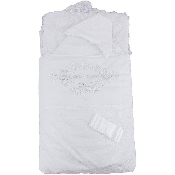 Комплект на выписку 4 пред. СЫНОЧЕК, Арго, шампаньДетские конверты<br>Момент выписки мамы с ребенком из роддома - один из самых трогательных. Сделать его более торжественным поможет красивый комплект для выписки. Он состоит из четырех предметов: конверта, нарядного одеяла, нарядного чепчика и атласной ленточки.<br>Одеяло сшито из красивого сатина и обшито кружевами. Конверт - из тика и сатина, украшен стразами Сыночек. Материалы подобраны специально для новорожденных. Они гипоаллергенны, пропускают воздух, не вызывают раздражения.<br><br>Дополнительная информация:<br><br>цвет: шампань;<br>материал: тик, сатин - 100% хлопок;<br>комплектация: конверт, одеяло, чепчик, ленточка;<br>размеры одеял: 45х75 и 90х90 см;<br>возраст: 0-6 месяцев.<br><br>Комплект на выписку 4 пред. СЫНОЧЕК, шампань, от компании Арго можно купить в нашем магазине.<br>Ширина мм: 900; Глубина мм: 500; Высота мм: 150; Вес г: 500; Возраст от месяцев: 0; Возраст до месяцев: 3; Пол: Унисекс; Возраст: Детский; SKU: 4720108;