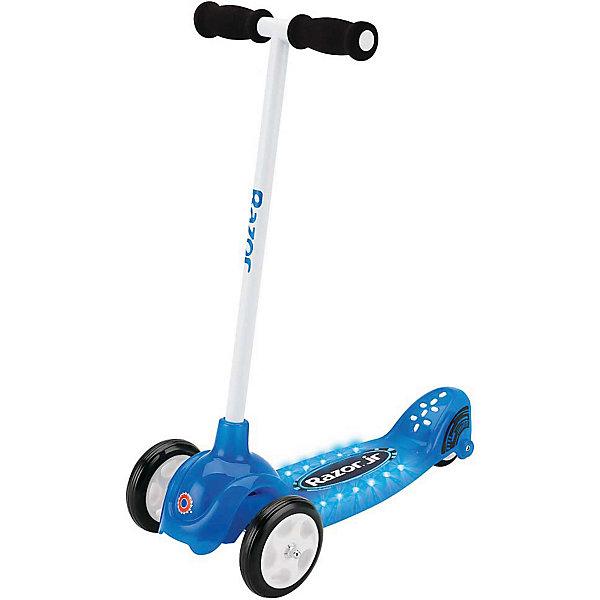 Детский трёхколёсный самокат Lil Tek, синий, RazorСамокаты<br>Характеристики товара:<br><br>• материал: металл, полимер<br>• цвет: синий<br>• диаметр колес: 120 мм, 80 мм<br>• удобный руль <br>• максимальный вес: 20 кг<br>• светодиоды горят во время движения<br>• удобная платформа<br>• небольшой вес<br>• надежные материалы<br>• продуманная безопасная конструкция<br>• стильный дизайн<br>• возраст: от 2 лет<br>• вес: 3 кг<br>• рост ребенка: от 80 до 120 см<br>• страна бренда: США<br><br>Подарить ребенку такой самокат - значит, помочь его развитию! Самокат способствует скорейшему развитию способности ориентироваться в пространстве, развивает физические способности, мышление и ловкость. Помимо этого, кататься на нём - очень увлекательное занятие!<br><br>Этот самокат выделяется устойчивым, с удобной платформой. Данная модель выполнена в стильном дизайне, отличается продуманной конструкцией - в ней минимум подвижных элементов, поэтому уровень безопасности для ребенка повышается. Благодаря небольшому весу и компактному размеру такой самокат легко возить с собой. Отличный подарок для активного ребенка!<br><br>Детский трёхколёсный самокат Lil Tek, синий, от бренда Razor можно купить в нашем интернет-магазине.<br><br>Ширина мм: 530<br>Глубина мм: 250<br>Высота мм: 630<br>Вес г: 2700<br>Возраст от месяцев: 24<br>Возраст до месяцев: 2147483647<br>Пол: Мужской<br>Возраст: Детский<br>SKU: 4720636