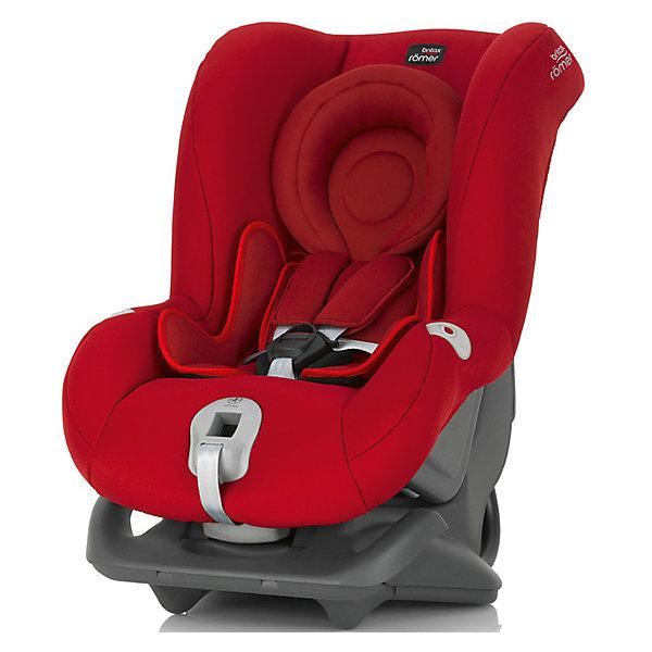Автокресло Britax Romer FIRST CLASS plus, 0-18 кг, Flame RedГруппа 0-1 (до 18 кг)<br>Автокресло First Class plus, Britax Roemer - комфортная надежная модель, которая сделает поездку Вашего ребенка приятной и безопасной. Сиденье кресла с мягкой вставкой для новорожденных и большим закругленным подголовником обеспечивает комфорт во время длительных поездок. По мере подрастания ребенка вставку можно убрать, увеличив тем самым размер сиденья. Спинка сиденья фиксируется в нескольких положениях (для сна, отдыха и бодрствования), что позволяет выбрать наиболее удобное для ребенка. Кресло оснащено регулируемыми 5-точечными ремнями безопасности с мягкими плечевыми накладками и централизованной регулировкой натяжения. Глубокие боковины с мягкими вставками обеспечивают оптимальную защиту при боковых ударах, а уникальный регулятор наклона уменьшает смещение вперед в случае столкновения.<br><br>Автокресло легко и надежно фиксируется при помощи штатных ремней безопасности. Для малышей весом до 13 кг. автокресло устанавливается на заднем сиденье лицом против движения авто, для малышей от 9 до18 кг. кресло устанавливается лицом по ходу движения автомобиля.<br>В нижней части автокресла имеется специальный упор для компенсации неровности автомобильного сиденья. Обивка кресла изготовлена из высококачественных материалов, съемные тканевые чехлы можно стирать в машинке при деликатном режиме стирки. Автокресло имеет стандарт безопасности ECE R 44/04. Рассчитано на детей от 0 до 3-4 лет, весом 0-18 кг.<br><br>Дополнительная информация:<br><br>- Цвет: Flame Red. <br>- Материал: текстиль, пластик.<br>- Размер (ДхШхВ): 59 х 45 х 65 см. <br>- Вес: 8,4 кг.<br><br>Автокресло FIRST CLASS plus, 0-18 кг., Britax Roemer, Flame Red, можно купить в нашем интернет-магазине.<br>Ширина мм: 590; Глубина мм: 450; Высота мм: 650; Вес г: 12000; Возраст от месяцев: 0; Возраст до месяцев: 15; Пол: Унисекс; Возраст: Детский; SKU: 4722134;