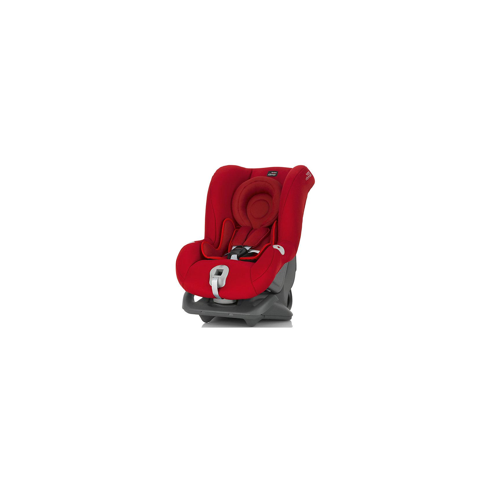 Автокресло Britax Romer FIRST CLASS plus, 0-18 кг, Flame RedГруппа 0+, 1 (До 18 кг)<br>Автокресло First Class plus, Britax Roemer - комфортная надежная модель, которая сделает поездку Вашего ребенка приятной и безопасной. Сиденье кресла с мягкой вставкой для новорожденных и большим закругленным подголовником обеспечивает комфорт во время длительных поездок. По мере подрастания ребенка вставку можно убрать, увеличив тем самым размер сиденья. Спинка сиденья фиксируется в нескольких положениях (для сна, отдыха и бодрствования), что позволяет выбрать наиболее удобное для ребенка. Кресло оснащено регулируемыми 5-точечными ремнями безопасности с мягкими плечевыми накладками и централизованной регулировкой натяжения. Глубокие боковины с мягкими вставками обеспечивают оптимальную защиту при боковых ударах, а уникальный регулятор наклона уменьшает смещение вперед в случае столкновения.<br><br>Автокресло легко и надежно фиксируется при помощи штатных ремней безопасности. Для малышей весом до 13 кг. автокресло устанавливается на заднем сиденье лицом против движения авто, для малышей от 9 до18 кг. кресло устанавливается лицом по ходу движения автомобиля.<br>В нижней части автокресла имеется специальный упор для компенсации неровности автомобильного сиденья. Обивка кресла изготовлена из высококачественных материалов, съемные тканевые чехлы можно стирать в машинке при деликатном режиме стирки. Автокресло имеет стандарт безопасности ECE R 44/04. Рассчитано на детей от 0 до 3-4 лет, весом 0-18 кг.<br><br>Дополнительная информация:<br><br>- Цвет: Flame Red. <br>- Материал: текстиль, пластик.<br>- Размер (ДхШхВ): 59 х 45 х 65 см. <br>- Вес: 8,4 кг.<br><br>Автокресло FIRST CLASS plus, 0-18 кг., Britax Roemer, Flame Red, можно купить в нашем интернет-магазине.<br><br>Ширина мм: 590<br>Глубина мм: 450<br>Высота мм: 650<br>Вес г: 12000<br>Возраст от месяцев: 0<br>Возраст до месяцев: 15<br>Пол: Унисекс<br>Возраст: Детский<br>SKU: 4722134