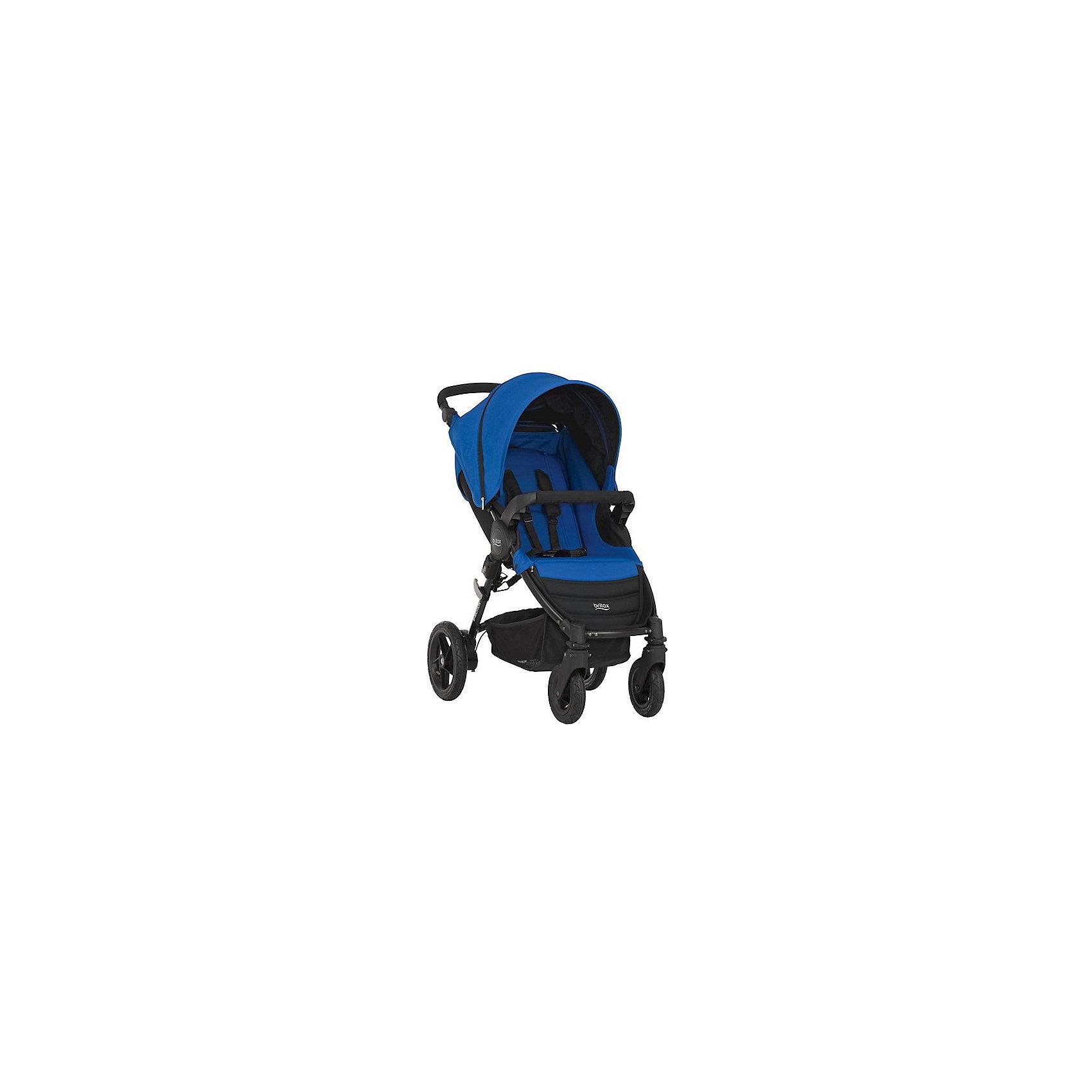 Прогулочная коляска Britax B-Motion 4, Ocean BlueПрогулочные коляски<br>Коляска B-Motion 4, Britax - прекрасный вариант для прогулок, путешествий и активного отдыха! Коляска имеет систему амортизации, передние поворотные колеса, небольшую ширину алюминиевой рамы, что гарантирует удобство, манёвренность и проходимость. Модель легко складывается одной рукой, имеет ножной тормоз и автоматическую блокировку складывания. Удобное сиденье эргономичной формы, подножка и регулируемая спинка обеспечат малышу спокойный и комфортный отдых, а пятиточечные страховочные ремни с мягкими накладками и съемный бампер  гарантируют безопасность. Благодаря встроенным переходникам Click&amp;Go на шасси коляски можно легко и быстро установить люльку или детское автокресло Baby-Safe, Baby-Safe Sleeper.<br><br>Дополнительная информация:<br><br>- Материал: алюминий, пластик, резина, текстиль.<br>- Тип складывания: книжка.<br>- Размер: 105?58?100  см.<br>- Размер в сложенном виде: 27х58х70 см<br>- Размер сиденья: 24х29 см. <br>- Ширина шасси: 58 см.<br>- Ширина сиденья: 35 см. <br>- Вес: 10,5 кг.<br>- Диаметр колес: заднее - 22,5 см;  переднее - 13,5 см.<br>- Регулируемая высота ручки. <br>- Передние поворотные колеса с фиксацией.<br>- Возможность установки на шасси коляски люльки или автокресла группы 0+.<br>- Ножной тормоз.<br>- Регулируемый наклон спинки (до положения лежа).<br>- Пятиточечные ремни безопасности.<br>- Регулируемая подножка.<br>- Съемный бампер. <br>- Корзина для вещей.<br>- Максимальная нагрузка: 20 кг .<br><br>Прогулочную коляску B-Motion 4, Britax (Бритакс), Ocean Blue, можно купить в нашем магазине.<br><br>Ширина мм: 700<br>Глубина мм: 380<br>Высота мм: 270<br>Вес г: 10500<br>Возраст от месяцев: 0<br>Возраст до месяцев: 48<br>Пол: Унисекс<br>Возраст: Детский<br>SKU: 4722158