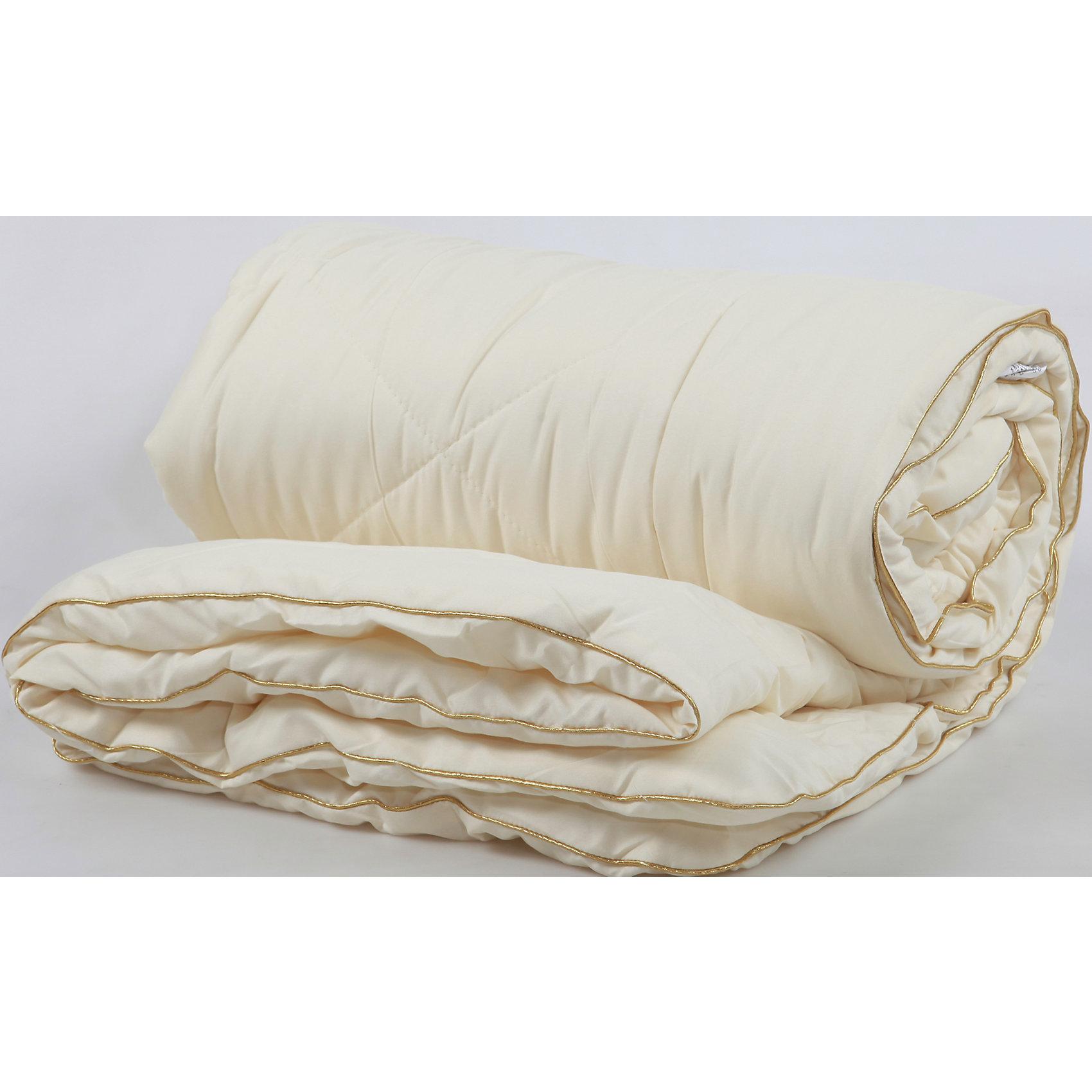 Одеяло детское ЛетоДомашний текстиль<br>Легкое и удобное летнее одеяло специально для вашего малыша.<br><br>Дополнительная информация:<br><br>-  Безопасно для здоровья.<br>- Верхняя ткань - бязь (100% хлопок),<br>- Наполнитель: синтепон 100гр.<br>- Производство: Россия. Товар сертифицирован.<br>-  Размер: 105х140 см<br>Размер в упаковке: 45х2х35 см.<br>Вес в упаковке: 550 г.<br><br>Детское одеяло Лето можно купить в нашем магазине.<br><br>Ширина мм: 450<br>Глубина мм: 20<br>Высота мм: 350<br>Вес г: 550<br>Возраст от месяцев: 0<br>Возраст до месяцев: 36<br>Пол: Унисекс<br>Возраст: Детский<br>SKU: 4724674