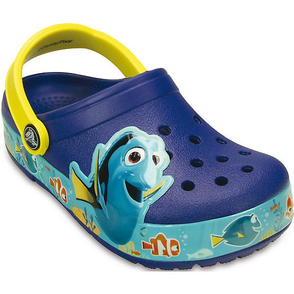 Сабо Crocs Lights Finding Dory Clog K CrocsПляжная обувь<br>Характеристики товара:<br><br>• цвет: голубой<br>• материал: 100% полимер Croslite™<br>• литая модель<br>• вентиляционные отверстия<br>• бактериостатичный материал<br>• пяточный ремешок фиксирует стопу<br>• толстая устойчивая подошва<br>• отверстия для использования украшений<br>• анатомическая стелька с массажными точками стимулирует кровообращение<br>• страна бренда: США<br>• страна изготовитель: Китай<br><br>Для правильного развития ребенка крайне важно, чтобы обувь была удобной. Такие сабо обеспечивают детям необходимый комфорт, а анатомическая стелька с массажными линиями для стимуляции кровообращения позволяет ножкам дольше не уставать. Сабо легко надеваются и снимаются, отлично сидят на ноге. Материал, из которого они сделаны, не дает размножаться бактериям, поэтому такая обувь препятствует образованию неприятного запаха и появлению болезней стоп. <br>Обувь от американского бренда Crocs в данный момент завоевала широкую популярность во всем мире, и это не удивительно - ведь она невероятно удобна. Её носят врачи, спортсмены, звёзды шоу-бизнеса, люди, которым много времени приходится бывать на ногах - они понимают, как важна комфортная обувь. Продукция Crocs - это качественные товары, созданные с применением новейших технологий. Обувь отличается стильным дизайном и продуманной конструкцией. Изделие производится из качественных и проверенных материалов, которые безопасны для детей.<br><br>Сабо для мальчика от торговой марки Crocs можно купить в нашем интернет-магазине.<br>Ширина мм: 225; Глубина мм: 139; Высота мм: 112; Вес г: 290; Цвет: белый; Возраст от месяцев: 24; Возраст до месяцев: 36; Пол: Унисекс; Возраст: Детский; Размер: 26,29,31/32,25,24,23,30,28,27; SKU: 4726008;