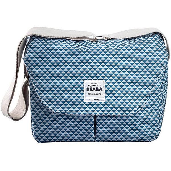 Сумка для мамы VIENNA II, Beaba, синийАксессуары для колясок<br>Стильная качественная сумка создана специально для мам. Она позволяет с удобством разместить все необходимые малышу вещи. На сумке - удобный широкий ремень для переноски. Удобная сумка с набором аксессуаров в комплекте, а так же со множеством отделений для полезных мелочей, которые всегда должны быть под рукой, идеально подойдет для современной заботливой мамы.<br>Сумка состоит из одного основного вместительного отделения на застежке-молнии, внутри которого имеются два больших кармашка, внешние карманы, в которых расположен матрасик для пеленания. Модель  - очень удобная и прочная. Изделие произведено из качественных и безопасных для малышей материалов, оно соответствуют всем современным требованиям безопасности.<br> <br>Дополнительная информация:<br><br>цвет: синий;<br>материал: текстиль;<br>матрасик для пеленания, с мягкой махровой поверхностью;<br>мешочек для сменной одежды;<br>термокармашек на застежке-молнии для бутылочек с детским питанием;<br>регулируемый пристегивающийся широкий ремень;<br>размер 36 x 21 x 31.5 см.<br><br>Сумку для мамы VIENNA II, синий, от компании Beaba можно купить в нашем магазине.<br>Ширина мм: 400; Глубина мм: 210; Высота мм: 315; Вес г: 800; Возраст от месяцев: 0; Возраст до месяцев: 36; Пол: Унисекс; Возраст: Детский; SKU: 4732011;