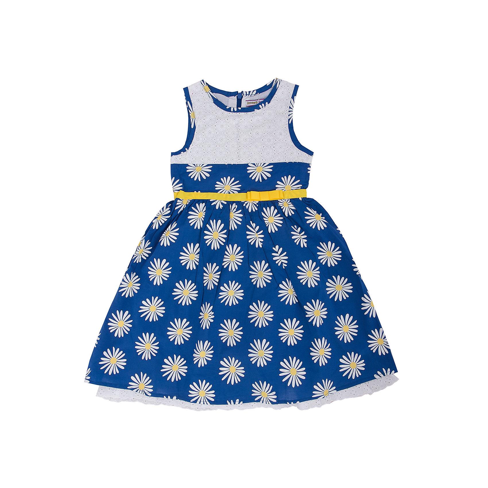 Платье для девочки Sweet BerryПлатья и сарафаны<br>Платье для девочки от известного бренда Sweet Berry<br>Платье прилегающего силуэта с отрезной талией.  Кокетка и отрезная планка по низу из ажурного шитья. Изделие дополнено съёмным поясом, который идет в<br>Состав:<br>100% хлопок<br><br>Ширина мм: 215<br>Глубина мм: 88<br>Высота мм: 191<br>Вес г: 336<br>Цвет: разноцветный<br>Возраст от месяцев: 24<br>Возраст до месяцев: 36<br>Пол: Женский<br>Возраст: Детский<br>Размер: 98,104<br>SKU: 4739512