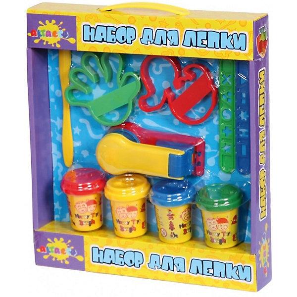 Набор для лепки Мини фабрикаНаборы для лепки<br>Пусть ваш малыш играет и развивает фантазию одновременно вместе с этим набором для лепки! <br>Массу для лепки из разных упаковок можно смешивать, чтобы получать новые оттенки и интересные узоры. С готовыми фигурками, созданными с помощью трафаретов и шаблонов или придуманными самостоятельно, можно весело играть.<br>По окончании игры массу следует сложить в контейнер и закрыть его крышкой. В случае высыхания массы ее можно разбавить каплей воды.<br>Не пригодна для употребления в пищу. <br><br>Масса для лепки по консистенции похожа на мягкое тесто, не оставляет следы на руках, приятна на ощупь и запах.<br> <br>Дополнительная информация:<br><br>- Материал: натуральный состав для лепки, пластик.<br>- Возраст ребёнка: от 3 до 6 лет.<br>- В наборе: 4 баночки массы для лепки по 56,7 гр., фабрика для лепки, линейки, формочки, стек.<br>- Состав массы для лепки: вода, мука пшеничная, ванильный экстракт, белый вазелин, хлористый натрий (соль), консервант (сорбат калия), хлорид кальция, пигмент цвета.<br>- Размер упаковки: 30,8x27,9x4,5 см.<br><br>Купить набор для лепки Мини фабрика можно в нашем магазине.<br><br>Ширина мм: 280<br>Глубина мм: 310<br>Высота мм: 45<br>Вес г: 300<br>Возраст от месяцев: 36<br>Возраст до месяцев: 72<br>Пол: Унисекс<br>Возраст: Детский<br>SKU: 4753807