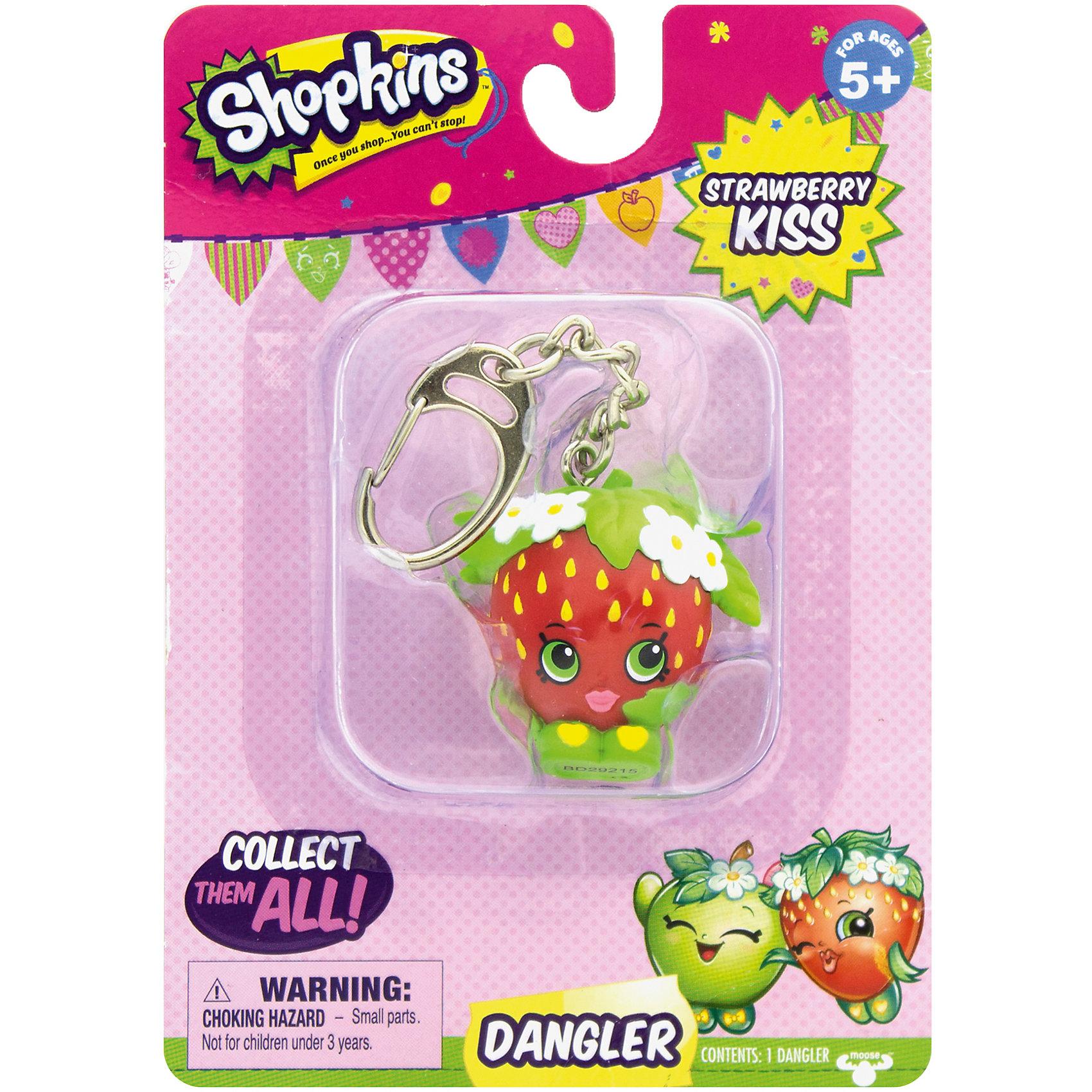Брелок Strawberry Kiss, ShopkinsКоллекционные фигурки<br>Брелок Strawberry Kiss, Shopkins – этот яркий, модный брелок станет отличным подарком для вашей девочки.<br>Компания Shopkins специально для маленьких модниц выпустила невероятно красивые брелоки! Брелок-клубничка Strawberry Kiss ярко-красного цвета с желтыми крапинками, выполнен в виде фигурки с зелеными глазами. Стоит клубничка на зеленых башмачках, украшенных желтыми сердечками. Голова покрыта зеленым листиком с цветочками. На такой брелок девочке будет приятно повесить свои ключи, также его можно просто повесить на рюкзак и он будет радовать ее своим видом. Брелок выполнен из безопасного для детей материала.<br><br>Дополнительная информация:<br><br>- Вид замка: карабин<br>- Материал: пластмасса, металл<br>- Размер упаковки: 10,8 ? 3,8 ? 15,2 см.<br><br>Брелок Strawberry Kiss, Shopkins можно купить в нашем интернет-магазине.<br><br>Ширина мм: 108<br>Глубина мм: 38<br>Высота мм: 153<br>Вес г: 50<br>Возраст от месяцев: 60<br>Возраст до месяцев: 192<br>Пол: Женский<br>Возраст: Детский<br>SKU: 4756893