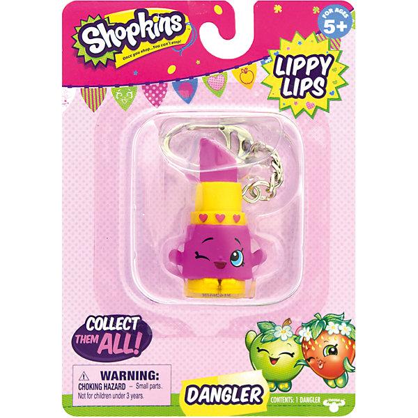 Брелок Lippy Lips, ShopkinsКоллекционные фигурки<br>Брелок Lippy Lips, Shopkins – этот яркий, модный брелок станет отличным подарком для вашей девочки.<br>Компания Shopkins специально для маленьких модниц выпустила невероятно красивые брелоки! Брелок-помада Lippy Lips ярко розового цвета с желтым ободком, украшен тремя розовыми сердечками. Она выполнена в виде фигурки с ручками. На лице хитро прищурен глаз. Стоит фигурка на желтых башмачках с красивыми бантиками. На такой брелок девочке будет приятно повесить свои ключи, также его можно просто повесить на рюкзак и он будет радовать ее своим видом. Брелок выполнен из безопасного для детей материала.<br><br>Дополнительная информация:<br><br>- Вид замка: карабин<br>- Материал: пластмасса, металл<br>- Размер упаковки: 10,8 ? 3,8 ? 15,2 см.<br><br>Брелок Lippy Lips, Shopkins можно купить в нашем интернет-магазине.<br><br>Ширина мм: 108<br>Глубина мм: 38<br>Высота мм: 153<br>Вес г: 50<br>Возраст от месяцев: 60<br>Возраст до месяцев: 192<br>Пол: Женский<br>Возраст: Детский<br>SKU: 4756894