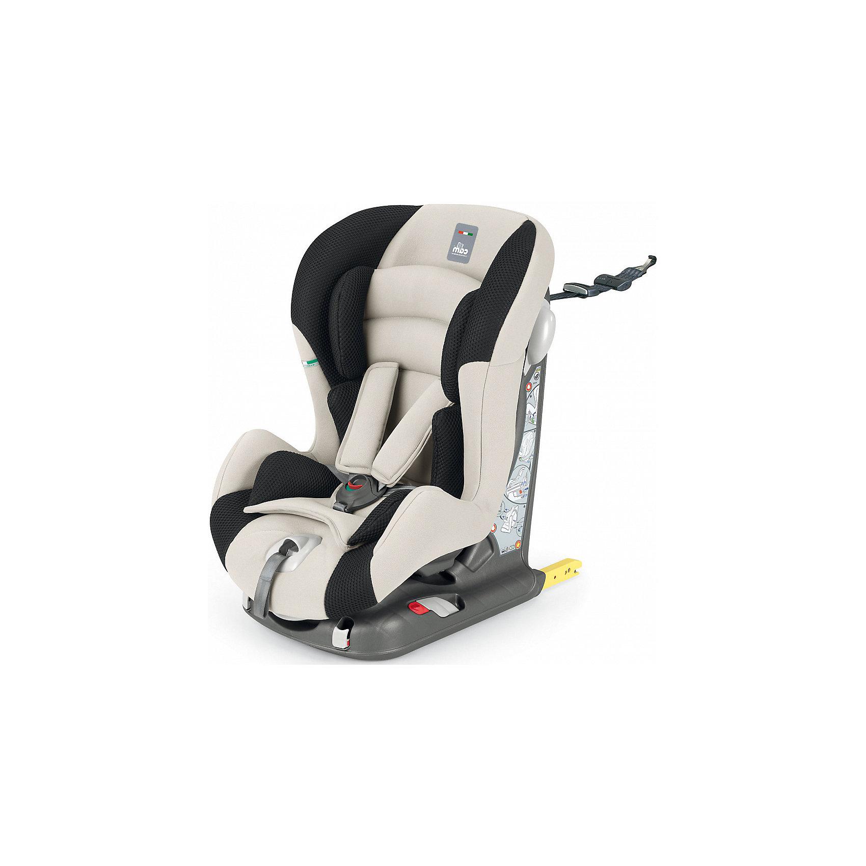 Автокресло CAM Viaggiosicuro Isofix, 9-18кг, беж/черныйГруппа 1 (От 9 до 18 кг)<br>Автокресло Viaggiosicuro Isofix, CAM - комфортная надежная модель, которая сделает поездку Вашего ребенка приятной и безопасной. Сиденье кресла с анатомическим подголовником обеспечивает комфорт во время длительных поездок. Наклон спинки можно регулировать в 5<br>положениях, что позволяет выбрать наиболее удобное для ребенка. Кресло оснащено регулируемыми 5-точечными ремнями безопасности с мягкими плечевыми накладками и ремешком между ножек. Усиленная боковая защита убережёт ребёнка от серьезных травм. <br><br>Автокресло устанавливается лицом вперед, по ходу движения автомобиля с помощью штатных ремней безопасности или с помощью универсальных креплений Isofix (желтые соединительные элементы в задней части кресла) и фиксатора Top tether (расположен в верхней части<br>автокресла). Имеются индикаторы правильной установки кресла. Обивка кресла изготовлена из высококачественных материалов, тканевые гипоаллергенные чехлы снимаются для чистки или стирки при t 30°C. Автокресло имеет стандарт безопасности ECE R 44/04. Рассчитано на детей<br>от 9 мес. до 4 лет, весом 9-18 кг.<br><br><br>Дополнительная информация:<br><br>- Цвет: беж/черный. <br>- Материал: текстиль, пластик, металл.<br>- Возраст: 9 мес. - 4 года (9-18 кг.)<br>- Размер: 44 х 53 х 64 см. <br>- Вес: 10,4 кг.<br><br>Автокресло Viaggiosicuro Isofix, 9-18 кг., CAM, беж/черный, можно купить в нашем интернет-магазине.<br><br>Ширина мм: 385<br>Глубина мм: 345<br>Высота мм: 415<br>Вес г: 11760<br>Возраст от месяцев: 9<br>Возраст до месяцев: 36<br>Пол: Унисекс<br>Возраст: Детский<br>SKU: 4761360