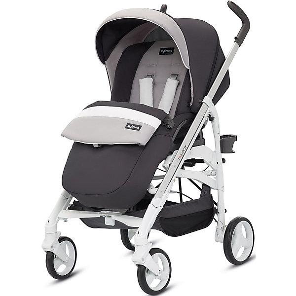 Прогулочная коляска Inglesina Trilogy, GrafiteПрогулочные коляски<br>Прогулочная коляска Trilogy - прекрасный вариант для малышей и их родителей! Модель имеет прочную алюминиевую раму, систему амортизации, передние поворотные колеса, с возможностью фиксации. Модель легко складывается, имеет ножной тормоз и небольшую ширину шасси, благодаря которой коляска войдет даже в самый узкий дверной проем. С помощью системы Easy Clips, прогулочный блок одним движением руки устанавливается и снимается с шасси. Прогулочный блок переставляется лицом к маме или по направлению движения Удобное сиденье, объемный капюшон со смотровым окошком, регулируемые подножка и спинка обеспечат малышу спокойный и комфортный отдых, а пятиточечные страховочные ремни с мягкими накладками и съемный бампер гарантируют безопасность. Чехол прогулочного блока выполнен из прочных материалов, он легко снимается и стирается в теплой воде. <br><br>Дополнительная информация:<br><br>- Материал: пластик, резина, текстиль, алюминий.<br>- Тип складывания: трость. <br>- Размер в разложенном виде: 83х57х107 см. <br>- Размер в сложенном виде: 48х37х97 см.<br>- Ширина шасси: 57 см.<br>- Количество колес: 4.<br>- Колеса с подшипниками. <br>- Диаметр колес: передних - 17,5 см; задних - 20,5 см.<br>- Вес: 9,5 кг.<br>- Передние колеса поворотные с возможностью фиксации. <br>- Регулируемая спинка (в 4-хположениях, до горизонтального).<br>- Регулируемая подножка (в 2-х положениях).<br>- 5-титочечные ремни безопасности.<br>- Съемный бампер.<br>- Капюшон со смотровым окошком. <br>- Регулируемая по высоте ручка. <br>- Максимальный вес ребенка: 15 кг. <br>- Вместительная корзина для вещей. <br>- Комплектация: накидка на ножки, дождевик, подстаканник. <br><br>Прогулочную коляску Trilogy, Inglesina (Инглезина), Grafite, можно купить в нашем магазине.<br>Ширина мм: 1000; Глубина мм: 324; Высота мм: 415; Вес г: 13150; Возраст от месяцев: 6; Возраст до месяцев: 36; Пол: Унисекс; Возраст: Детский; SKU: 4764225;