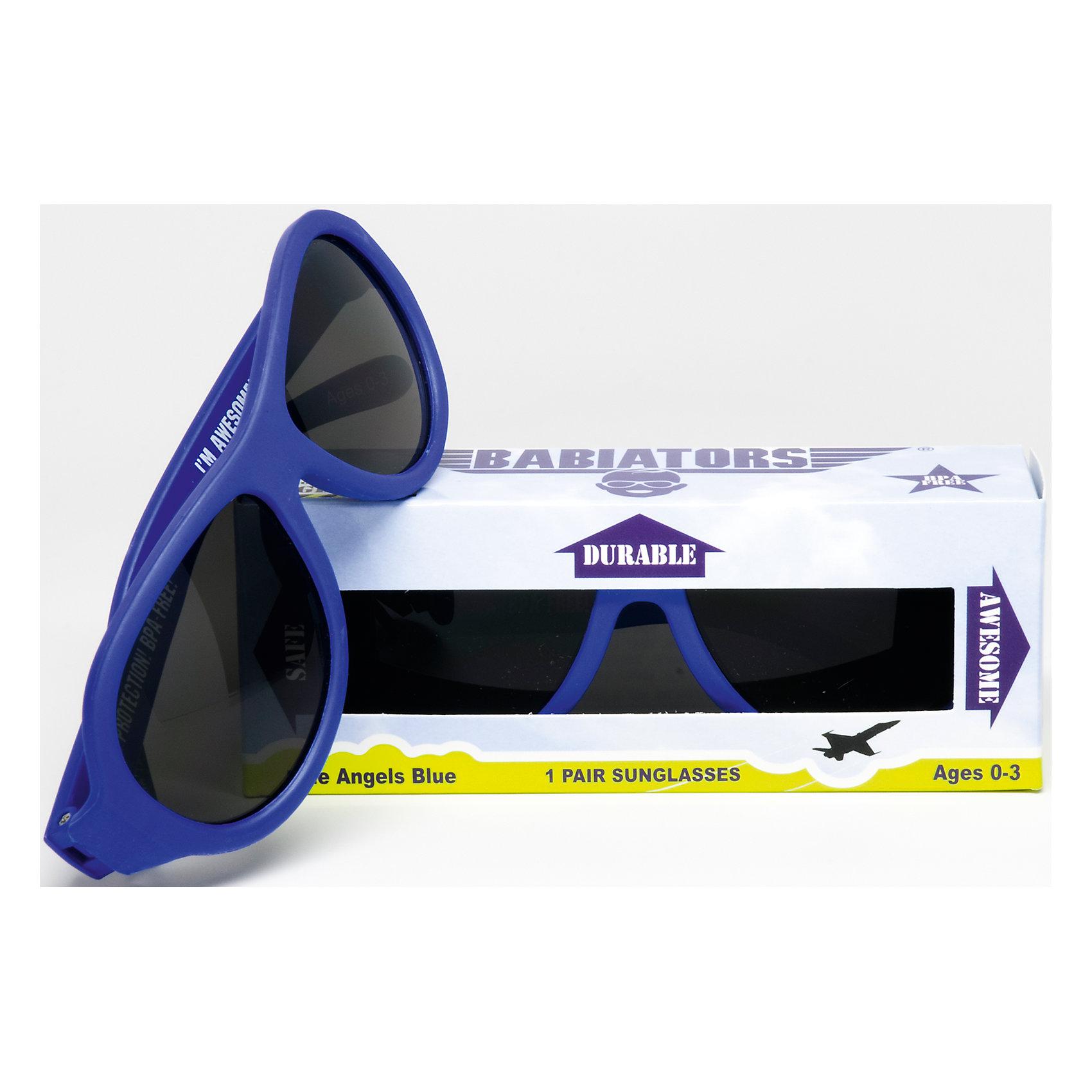 Солнцезащитные очки Babiators OriginalАксессуары<br>Защита глаз всегда в моде.<br>Вы делаете все возможное, чтобы ваши дети были здоровы и в безопасности. Шлемы для езды на велосипеде, солнцезащитный крем для прогулок на солнце. Но как насчёт влияния солнца на глазах вашего ребёнка? Правда в том, что сетчатка глаза у детей развивается вместе с самим ребёнком. Это означает, что глаза малышей не могут отфильтровать УФ-излучение. Добавьте к этому тот факт, что дети за год получают трёхкратную дозу солнечного воздействия на взрослого человека (доклад Vision Council Report 2013, США). Проблема понятна - детям нужна настоящая защита, чтобы глазка были в безопасности, а зрение сильным.<br>Каждая пара солнцезащитных очков Babiators для детей обеспечивает 100% защиту от UVA и UVB. Прочные линзы высшего качества не подведут в самых сложных переделках. Будьте уверены, что очки Babiators созданы безопасными, прочными и классными, так что вы и ваш маленький лётчик можете приступать к своим приключениям!<br><br>• Прочная, гибкая прорезиненная оправа;<br>• 100 % защита от UVA и UVB солнечных лучей;<br>• Ударопрочные линзы;<br>• Стильные: выбор многих голливудских звёзд.<br><br>Ширина мм: 170<br>Глубина мм: 157<br>Высота мм: 67<br>Вес г: 117<br>Возраст от месяцев: 36<br>Возраст до месяцев: 84<br>Пол: Унисекс<br>Возраст: Детский<br>SKU: 4766956