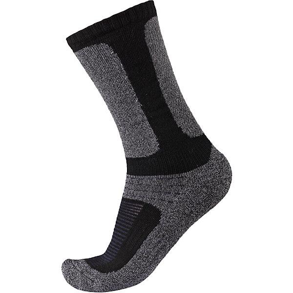 Носки Loma для мальчика ReimaОдежда<br>Носки  Reima<br>Носки для детей и подростков. Coolmax® отводит влагу, а шерсть сохраняет тепло. Мягкий теплый футер с внутренней стороны для максимального комфорта. Накладки на ступнях, лодыжках и больших пальцах. Благодаря удлиненной вязаной резинке носок не съезжает. Быстро сохнет и сохраняет тепло.<br>Уход:<br>0<br>Состав:<br>24% Шерсть, 66% полиэстер COOLMAX®, 5% эластан, 5% полиамид<br><br>Ширина мм: 87<br>Глубина мм: 10<br>Высота мм: 105<br>Вес г: 115<br>Цвет: черный/серый<br>Возраст от месяцев: 24<br>Возраст до месяцев: 36<br>Пол: Мужской<br>Возраст: Детский<br>Размер: 26,38,30,34<br>SKU: 4774955