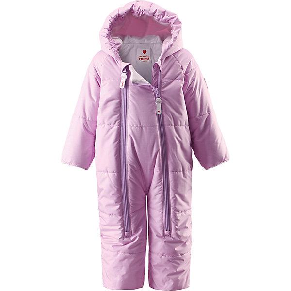 Комбинезон Naava для девочки ReimaВерхняя одежда<br>Комбинезон  Reima<br>Зимний комбинезон для самых маленьких. Водоотталкивающий, ветронепроницаемый и «дышащий» материал. Гладкая, приятная на ощупь подкладка из джерси (хлопка). Фиксированный капюшон. Рукава и штанины с подгибом. Две длинные молнии для удобного надевания.<br>Утеплитель: Reima® Flex insulation,200 g<br>Уход:<br>Стирать по отдельности, вывернув наизнанку. Застегнуть молнии и липучки. Стирать моющим средством, не содержащим отбеливающие вещества. Полоскать без специального средства. Во избежание изменения цвета изделие необходимо вынуть из стиральной машинки незамедлительно после окончания программы стирки. Сушить при низкой температуре.<br>Состав:<br>100% Полиамид, полиуретановое покрытие<br><br>Ширина мм: 356<br>Глубина мм: 10<br>Высота мм: 245<br>Вес г: 519<br>Цвет: розовый<br>Возраст от месяцев: 6<br>Возраст до месяцев: 9<br>Пол: Женский<br>Возраст: Детский<br>Размер: 74,62,50<br>SKU: 4775306