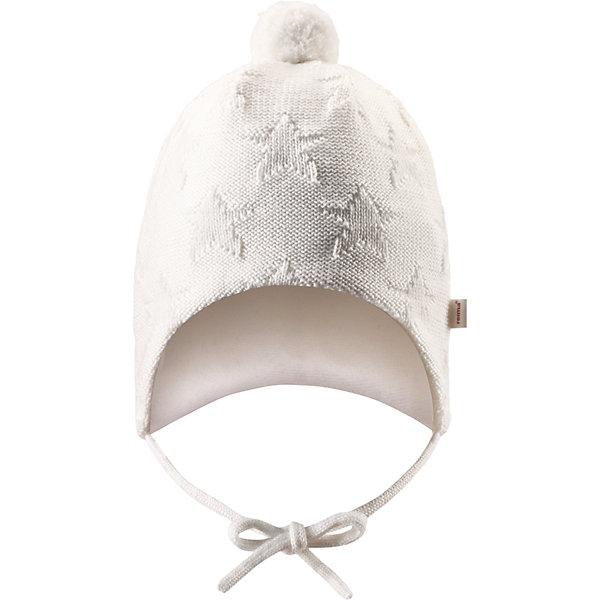 Шапка Lintu ReimaШапочки<br>Шапка  Reima<br>Шапка «Бини» для самых маленьких. Ткань из смеси мериносовой шерсти сохраняет тепло даже при намокании. Шерсть идеально поддерживает температуру. Теплая шерстяная вязка (волокно). Основной материал сертифицирован Oeko-Tex, класс 1, одежда для малышей. Любые размеры. Мягкая подкладка из хлопка и эластана. Задние швы отсутствуют. Логотип Reima® сбоку. Милый вязаный узор. Помпон сверху. Интересная структура поверхности.<br>Уход:<br>Стирать по отдельности, вывернув наизнанку. Придать первоначальную форму вo влажном виде. Возможна усадка 5 %.<br>Состав:<br>100% Шерсть<br><br>Ширина мм: 89<br>Глубина мм: 117<br>Высота мм: 44<br>Вес г: 155<br>Цвет: белый<br>Возраст от месяцев: 4<br>Возраст до месяцев: 6<br>Пол: Женский<br>Возраст: Детский<br>Размер: 44-46,36-38,40-42<br>SKU: 4775560