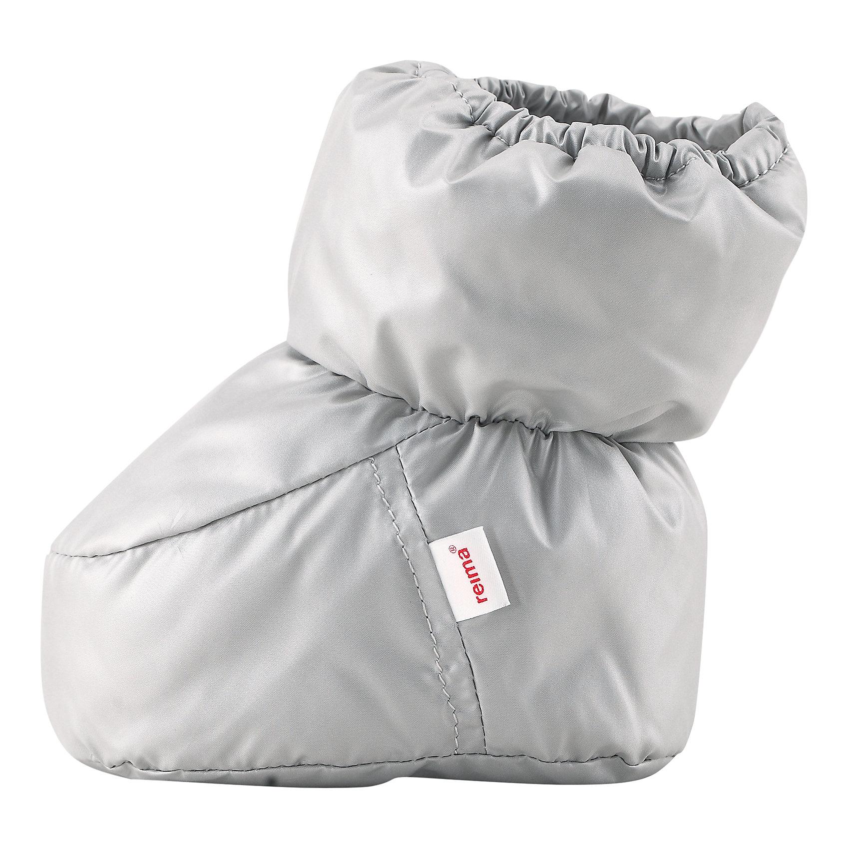 Пинетки Uskallus ReimaПинетки  Reima<br>Пинетки для самых маленьких. Водоотталкивающий, ветронепроницаемый и «дышащий» материал. Мягкая подкладка из хлопка и эластана. Легкая степень утепления. Логотип Reima® сбоку.<br>Утеплитель: Reima® Comfortinsulation,80 g<br>Уход:<br>Стирать с бельем одинакового цвета, вывернув наизнанку. Стирать моющим средством, не содержащим отбеливающие вещества. Полоскать без специального средства. Сушить при низкой температуре. <br>Состав:<br>100% Полиэстер<br><br>Ширина мм: 162<br>Глубина мм: 171<br>Высота мм: 55<br>Вес г: 119<br>Цвет: серый<br>Возраст от месяцев: 0<br>Возраст до месяцев: 12<br>Пол: Унисекс<br>Возраст: Детский<br>Размер: 0,1<br>SKU: 4775652