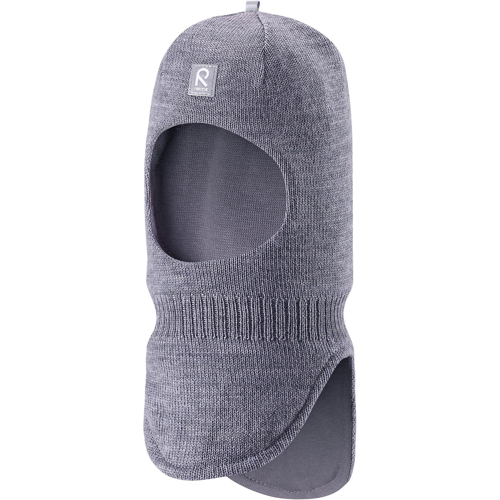 Шапка-шлем Starrie ReimaШапка  Reima<br>Шапка-шлем для малышей. Мягкая ткань из мериносовой шерсти для поддержания идеальной температуры тела. Теплая шерстяная вязка (волокно). Товар сертифицирован Oeko-Tex, класс 1, одежда для малышей. Ветронепроницаемые вставки в области ушей. Мягкая подкладка из хлопка и эластана. Светоотражающий элемент спереди.<br>Уход:<br>Стирать по отдельности, вывернув наизнанку. Придать первоначальную форму вo влажном виде. Возможна усадка 5 %.<br>Состав:<br>100% Шерсть<br><br>Ширина мм: 89<br>Глубина мм: 117<br>Высота мм: 44<br>Вес г: 155<br>Цвет: серый<br>Возраст от месяцев: 6<br>Возраст до месяцев: 9<br>Пол: Мужской<br>Возраст: Детский<br>Размер: 46,50,54,52,48<br>SKU: 4775696