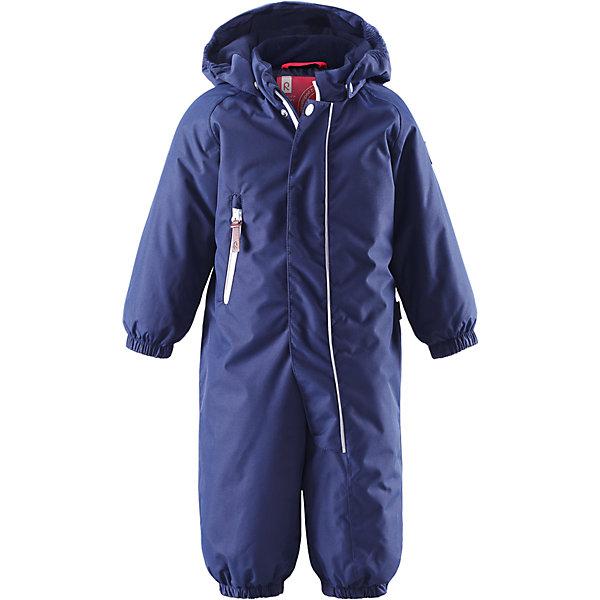 Комбинезон Shed для мальчика ReimaВерхняя одежда<br>Комбинезон  Reima<br>Зимний комбинезон для малышей. Основные швы проклеены и не пропускают влагу. Водо- и ветронепроницаемый, «дышащий» и грязеотталкивающий материал. Утепленная задняя часть изделия.Гладкая подкладка из полиэстраБезопасный, съемный капюшон. Эластичные манжеты. Эластичный пояс сзади. Эластичные штанины. Съемные эластичные штрипки. Длинная молния для легкого одевания. Карман на молнии. Безопасные светоотражающие детали.<br>Утеплитель: Reima® Soft Loft insulation,160 g<br>Уход:<br>Стирать по отдельности, вывернув наизнанку. Застегнуть молнии и липучки. Стирать моющим средством, не содержащим отбеливающие вещества. Полоскать без специального средства. Во избежание изменения цвета изделие необходимо вынуть из стиральной машинки незамедлительно после окончания программы стирки. Сушить при низкой температуре.<br>Состав:<br>100% Полиамид, полиуретановое покрытие<br>Ширина мм: 434; Глубина мм: 424; Высота мм: 126; Вес г: 730; Цвет: синий; Возраст от месяцев: 24; Возраст до месяцев: 36; Пол: Мужской; Возраст: Детский; Размер: 98,86,74,80,92; SKU: 4775746;