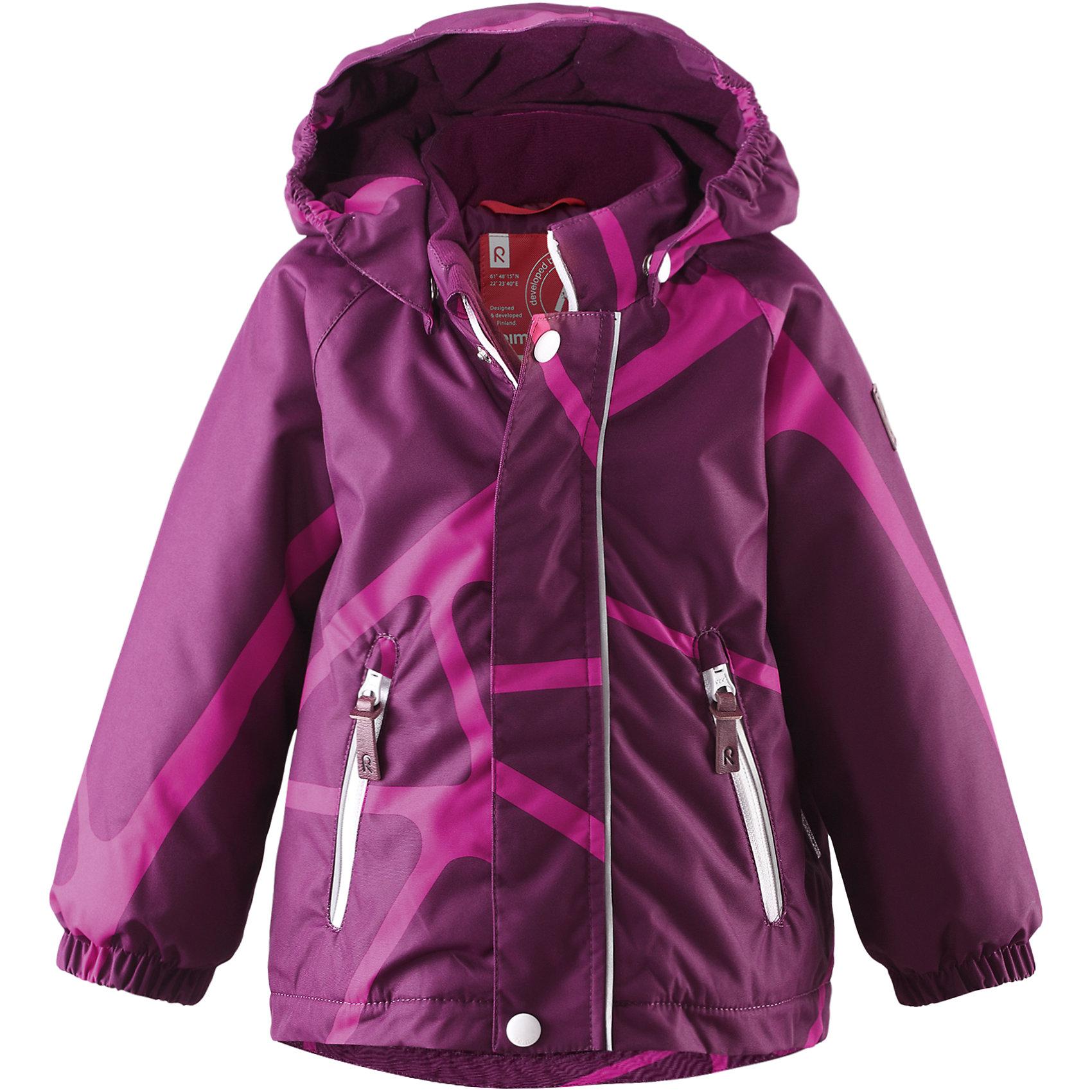 Куртка Seurue для девочки ReimaОдежда<br>Куртка  Reima<br>Зимняя куртка для малышей. Основные швы проклеены и не пропускают влагу. Водо- и ветронепроницаемый, «дышащий» и грязеотталкивающий материал. Гладкая подкладка из полиэстра. Безопасный, съемный капюшон. Эластичные манжеты. Два кармана на молнии. Безопасные светоотражающие детали.<br>Утеплитель: Reima® Soft Loft insulation,160 g<br>Уход:<br>Стирать по отдельности, вывернув наизнанку. Застегнуть молнии и липучки. Стирать моющим средством, не содержащим отбеливающие вещества. Полоскать без специального средства. Во избежание изменения цвета изделие необходимо вынуть из стиральной машинки незамедлительно после окончания программы стирки. Сушить при низкой температуре.<br>Состав:<br>100% Полиамид, полиуретановое покрытие<br><br>Ширина мм: 356<br>Глубина мм: 10<br>Высота мм: 245<br>Вес г: 519<br>Цвет: фиолетовый<br>Возраст от месяцев: 9<br>Возраст до месяцев: 12<br>Пол: Женский<br>Возраст: Детский<br>Размер: 80,92,98,86<br>SKU: 4776006