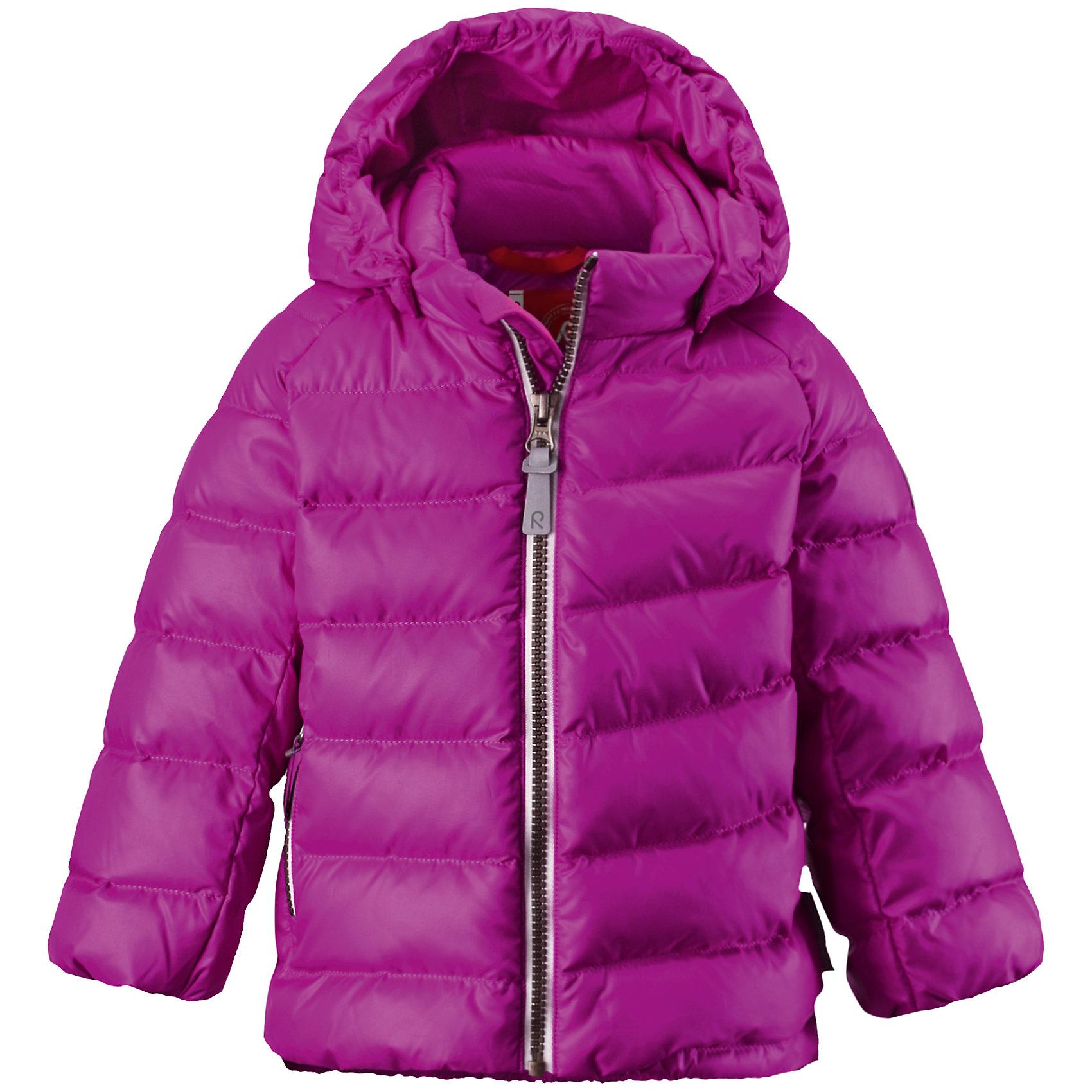 Куртка Minst для девочки ReimaВерхняя одежда<br>Куртка  Reima<br>Пуховая куртка для малышей. Водоотталкивающий, ветронепроницаемый, «дышащий» и грязеотталкивающий материал. Гладкая подкладка из полиэстра. В качестве утеплителя использованы пух и перо (60%/40%). Безопасный, съемный капюшон. Эластичные подол и манжеты. Карман на молнии. Безопасные светоотражающие элементы.<br>Уход:<br>Стирать по отдельности, вывернув наизнанку. Застегнуть молнии и липучки. Стирать моющим средством, не содержащим отбеливающие вещества. Полоскать без специального средства. Во избежание изменения цвета изделие необходимо вынуть из стиральной машинки незамедлительно после окончания программы стирки. Барабанное сушение при низкой температуре с 3 теннисными мячиками. Выверните изделие наизнанку в середине сушки.<br>Состав:<br>100% Полиэстер<br><br>Ширина мм: 356<br>Глубина мм: 10<br>Высота мм: 245<br>Вес г: 519<br>Цвет: розовый<br>Возраст от месяцев: 24<br>Возраст до месяцев: 36<br>Пол: Женский<br>Возраст: Детский<br>Размер: 98,74,92,86,80<br>SKU: 4776072