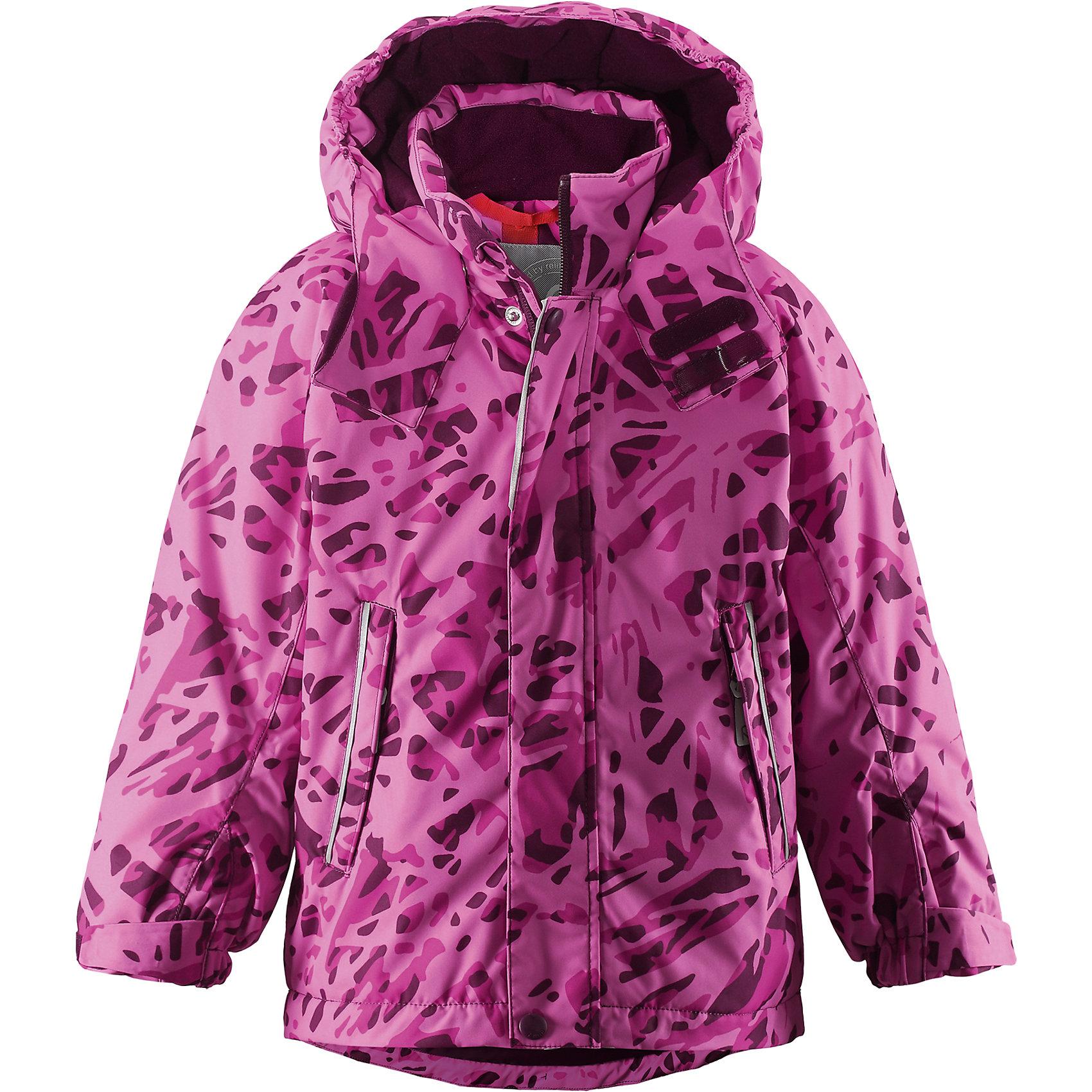 Куртка Cup для девочки Reimatec® ReimaОдежда<br>Куртка для мальчика Reimatec® Reima<br>Зимняя куртка для детей. Все швы проклеены и водонепроницаемы. Водо- и ветронепроницаемый, «дышащий» и грязеотталкивающий материал. Гладкая подкладка из полиэстра. Безопасный, отстегивающийся и регулируемый капюшон. Регулируемый манжет на липучке. Регулируемый подол. Внутренний нагрудный карман. Два кармана на молнии. Принт по всей поверхности. Безопасные светоотражающие детали.<br>Утеплитель: Reima® Soft Loft insulation,160 g<br>Уход:<br>Стирать по отдельности, вывернув наизнанку. Застегнуть молнии и липучки. Стирать моющим средством, не содержащим отбеливающие вещества. Полоскать без специального средства. Во избежание изменения цвета изделие необходимо вынуть из стиральной машинки незамедлительно после окончания программы стирки. Можно сушить в сушильном шкафу или центрифуге (макс. 40° C).<br>Состав:<br>100% Полиамид, полиуретановое покрытие<br><br>Ширина мм: 356<br>Глубина мм: 10<br>Высота мм: 245<br>Вес г: 519<br>Цвет: фиолетовый<br>Возраст от месяцев: 48<br>Возраст до месяцев: 60<br>Пол: Женский<br>Возраст: Детский<br>Размер: 110,140,104,128,134,98,116,122<br>SKU: 4776462