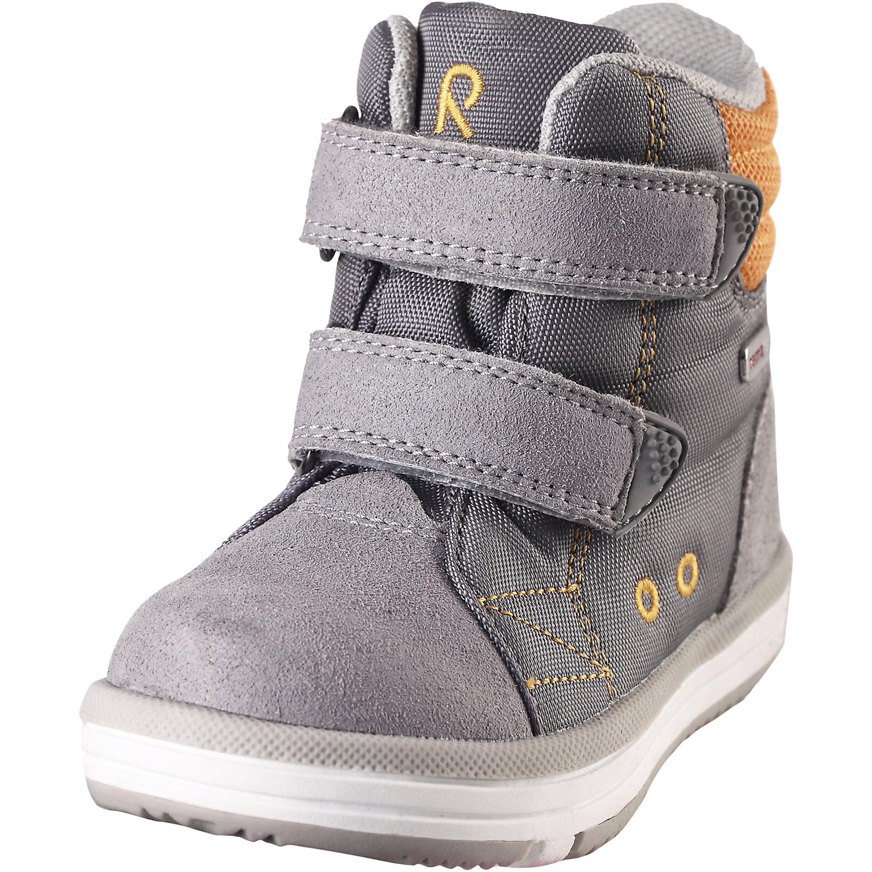 Ботинки Patter Reimatec® ReimaОбувь<br>Ботинки  Reimatec® Reima<br>Кроссовки для малышей. Водонепроницаемая демисезонная обувь. Подошва Reima® из термопластичного каучука с рисунком Happy Fit. Водонепроницаемые, герметичные вставки с подкладкой из mesh-сетки. Съемные стельки с рисунком Happy Fit, которые помогают определить размер. Можно стирать в машине при температуре 30 °C. Простая застежка на липучке, имеющая две точки крепления. Светоотражающие детали.<br>Уход:<br>Храните обувь в вертикальном положении при комнатной температуре. Сушить обувь всегда следует при комнатной температуре: вынув съемные стельки. Стельки следует время от времени заменять на новые. Налипшую грязь можно счищать щеткой или влажной тряпкой. Перед использованием обувь рекомендуется обрабатывать специальными защитными средствами.<br>Состав:<br>Подошва: Термопластиковая резина, Верх: 80% Брезент 20% ПУ<br><br>Ширина мм: 262<br>Глубина мм: 176<br>Высота мм: 97<br>Вес г: 427<br>Цвет: серый<br>Возраст от месяцев: 9<br>Возраст до месяцев: 12<br>Пол: Унисекс<br>Возраст: Детский<br>Размер: 20,29,24,28,23,26,21,27,22,25,30<br>SKU: 4776548