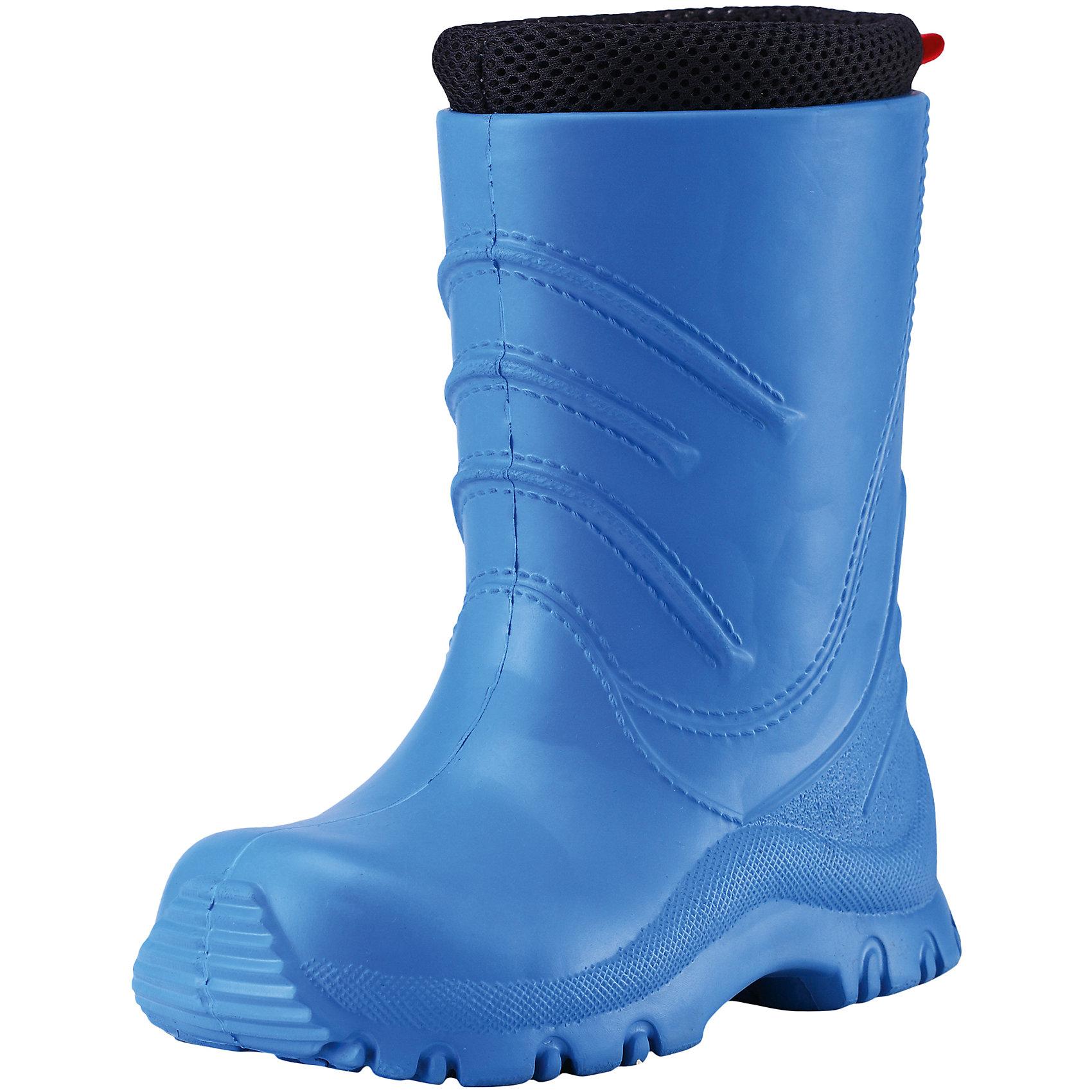 Резиновые сапоги Frillo для мальчика Reimatec® ReimaРезиновые сапоги  Reimatec® Reima<br>Резиновые сапоги для детей и малышей. Водонепроницаемая демисезонная обувь. Эластичная и легкая подошва из ЭВА. Текстильная подкладка. Съемный носок. Легко надеваются на ноги. Без ПХВ.<br>Уход:<br>Храните обувь в вертикальном положении при комнатной температуре. Сушить обувь всегда следует при комнатной температуре: вынув съемные стельки. Стельки следует время от времени заменять на новые. Налипшую грязь можно счищать щеткой или влажной тряпкой. Перед использованием обувь рекомендуется обрабатывать специальными защитными средствами.<br>Состав:<br>Подошва: 100% EVA, Верх: 100% EVA<br><br>Ширина мм: 237<br>Глубина мм: 180<br>Высота мм: 152<br>Вес г: 438<br>Цвет: голубой<br>Возраст от месяцев: 15<br>Возраст до месяцев: 18<br>Пол: Мужской<br>Возраст: Детский<br>Размер: 22,26,28,32,30,34,24<br>SKU: 4776632