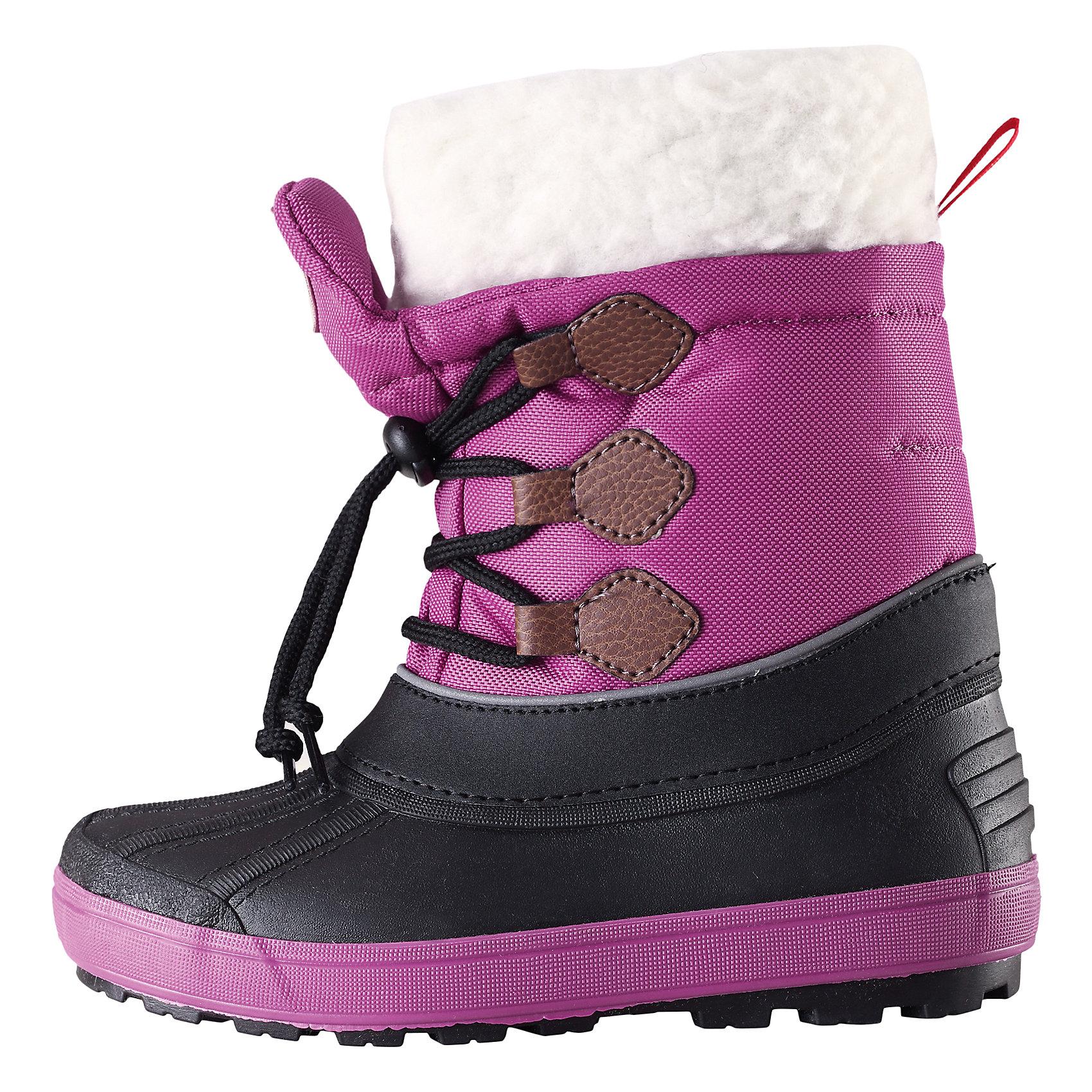 Сапоги Tirano для девочки Reimatec® ReimaОбувь<br>Зимние сапоги для девочки Reimatec® от финской марки Reima.<br>Зимние сапоги для детей. Водоотталкивающая зимняя обувь с водонепроницаемыми галошами. Верх из водостойкого текстиля/микрофибры. Подошва из термопластичного каучука обеспечивает хорошее сцепление с поверхностью. Подкладка из смеси шерсти. Съемный носок. Сделано в Италии. Легкие и водонепроницаемые литые галоши. Алюминиевая стелька для улучшенной теплоизоляции. Светоотражающие детали. Без ПХВ.<br>Уход:<br>Храните обувь в вертикальном положении при комнатной температуре. Сушить обувь всегда следует при комнатной температуре: вынув съемные стельки. Стельки следует время от времени заменять на новые. Налипшую грязь можно счищать щеткой или влажной тряпкой. Перед использованием обувь рекомендуется обрабатывать специальными защитными средствами.<br>Состав:<br>Подошва: EVA, резина, верх: 90% ПЭ, 10% ПУ<br><br>Ширина мм: 262<br>Глубина мм: 176<br>Высота мм: 97<br>Вес г: 427<br>Цвет: фиолетовый<br>Возраст от месяцев: 72<br>Возраст до месяцев: 84<br>Пол: Женский<br>Возраст: Детский<br>Размер: 22,36,30,38,34,32,20,28,24,26<br>SKU: 4776976