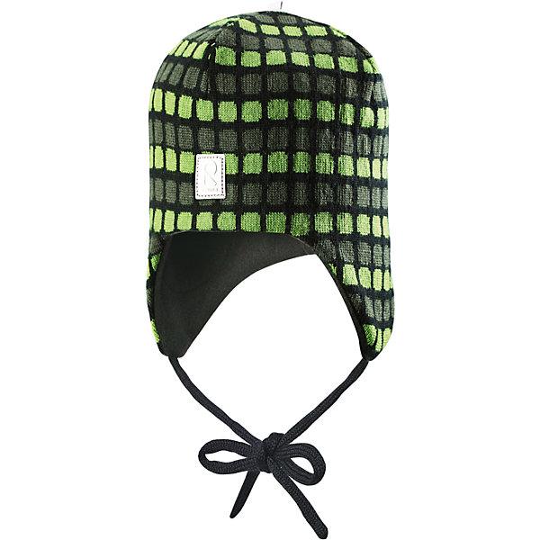 Шапка Innokas для мальчика ReimaШапки и шарфы<br>Шапка для мальчика Reima<br>Шапка «Бини» для малышей. Мягкая ткань из мериносовой шерсти для поддержания идеальной температуры тела. Теплая шерстяная вязка (волокно). Мягкий, теплый и приятный на ощупь трикотаж. Товар сертифицирован Oeko-Tex, класс 1, одежда для малышей. Ветронепроницаемые вставки в области ушей. Любые размеры. Мягкая подкладка из хлопка и эластана. Жаккардовый вязаный узор по всей поверхности. Декоративные элементы сверху. Интересная структура поверхности. Светоотражающий элемент спереди.<br>Уход:<br>Стирать по отдельности, вывернув наизнанку. Придать первоначальную форму вo влажном виде. Возможна усадка 5 %.<br>Состав:<br>100% Шерсть<br>Ширина мм: 89; Глубина мм: 117; Высота мм: 44; Вес г: 155; Цвет: зеленый; Возраст от месяцев: 6; Возраст до месяцев: 9; Пол: Мужской; Возраст: Детский; Размер: 46,52,50,48; SKU: 4777182;