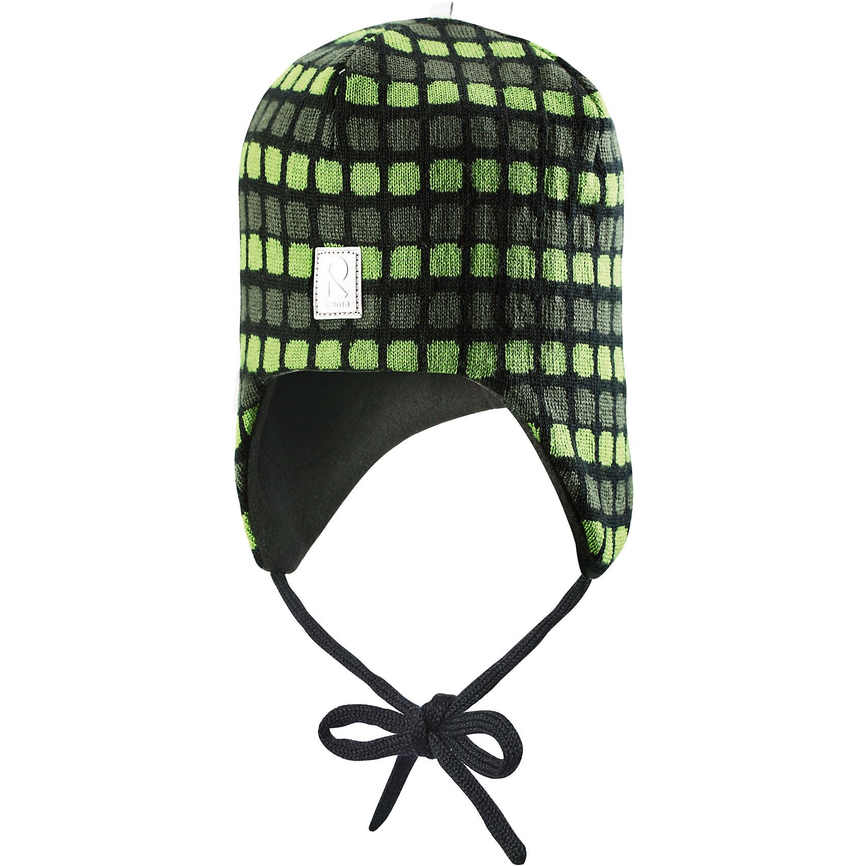 Шапка Innokas для мальчика ReimaШапки и шарфы<br>Шапка для мальчика Reima<br>Шапка «Бини» для малышей. Мягкая ткань из мериносовой шерсти для поддержания идеальной температуры тела. Теплая шерстяная вязка (волокно). Мягкий, теплый и приятный на ощупь трикотаж. Товар сертифицирован Oeko-Tex, класс 1, одежда для малышей. Ветронепроницаемые вставки в области ушей. Любые размеры. Мягкая подкладка из хлопка и эластана. Жаккардовый вязаный узор по всей поверхности. Декоративные элементы сверху. Интересная структура поверхности. Светоотражающий элемент спереди.<br>Уход:<br>Стирать по отдельности, вывернув наизнанку. Придать первоначальную форму вo влажном виде. Возможна усадка 5 %.<br>Состав:<br>100% Шерсть<br><br>Ширина мм: 89<br>Глубина мм: 117<br>Высота мм: 44<br>Вес г: 155<br>Цвет: зеленый<br>Возраст от месяцев: 6<br>Возраст до месяцев: 9<br>Пол: Мужской<br>Возраст: Детский<br>Размер: 46,52,50,48<br>SKU: 4777182