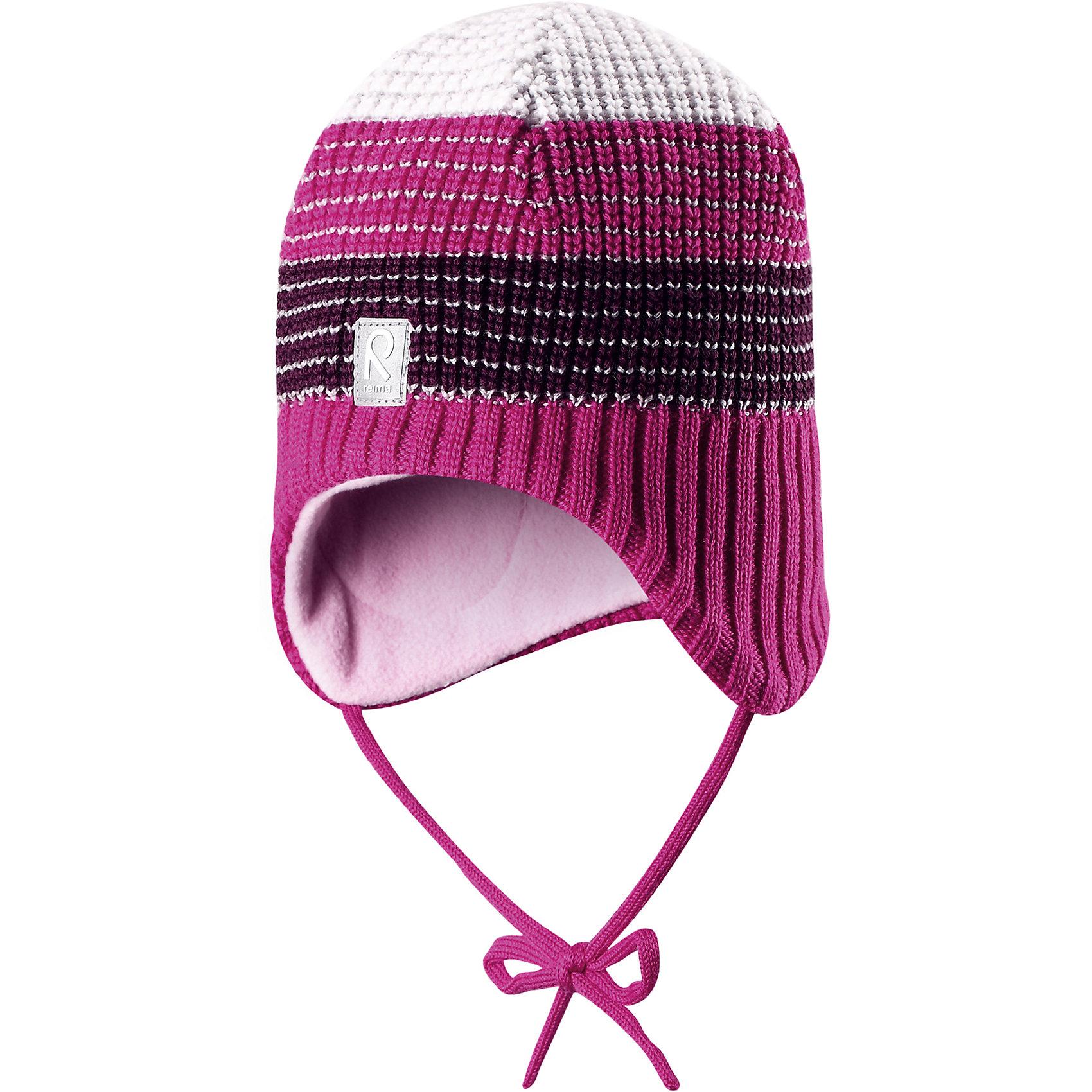 Шапка Tilava ReimaШапка  Reima<br>Шерстяная шапка «Бини» для детей и малышей. Мягкая ткань из мериносовой шерсти для поддержания идеальной температуры тела. Теплый толстый качественный трикотаж. Товар сертифицирован Oeko-Tex, класс 1, одежда для малышей. Ветронепроницаемые вставки в области ушей. Любые размеры. Мягкая теплая подкладка из поларфлиса. Скандинавский вязаный узор. Декоративные элементы сверху. Интересная структура поверхности. Светоотражающий элемент спереди.<br>Уход:<br>Стирать по отдельности, вывернув наизнанку. Придать первоначальную форму вo влажном виде. Возможна усадка 5 %.<br>Состав:<br>100% Шерсть<br><br>Ширина мм: 89<br>Глубина мм: 117<br>Высота мм: 44<br>Вес г: 155<br>Цвет: розовый<br>Возраст от месяцев: 24<br>Возраст до месяцев: 60<br>Пол: Женский<br>Возраст: Детский<br>Размер: 52,48,54,50<br>SKU: 4777282