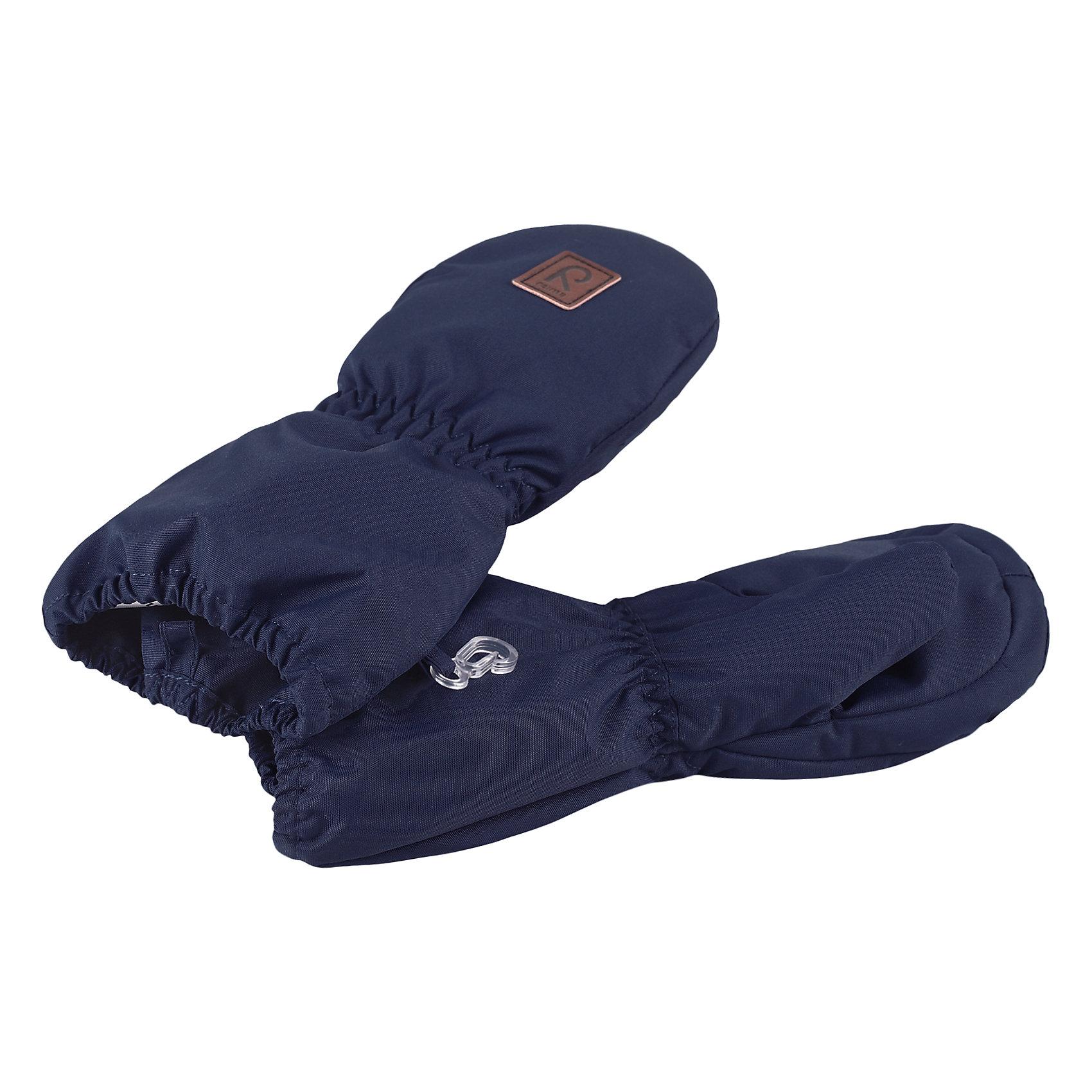 Варежки Huiske для мальчика ReimaВарежки  Reima<br>Варежки для малышей. Водонепроницаемый материал, вставки отсутствуют — товар не является водонепроницаемым. Водо- и ветронепроницаемый «дышащий» материал. Шерсть идеально поддерживает температуру. Теплая подкладка из ткани из смеси шерсти. Средняя степень утепления. Логотип Reima® спереди.<br>Утеплитель: Reima® Comfortinsulation,80 g<br>Уход:<br>Стирать по отдельности. Стирать моющим средством, не содержащим отбеливающие вещества. Полоскать без специального средства. Сушить при низкой температуре. <br>Состав:<br>100% Полиамид, полиуретановое покрытие<br><br>Ширина мм: 162<br>Глубина мм: 171<br>Высота мм: 55<br>Вес г: 119<br>Цвет: синий<br>Возраст от месяцев: 0<br>Возраст до месяцев: 12<br>Пол: Мужской<br>Возраст: Детский<br>Размер: 0,2,1<br>SKU: 4777341