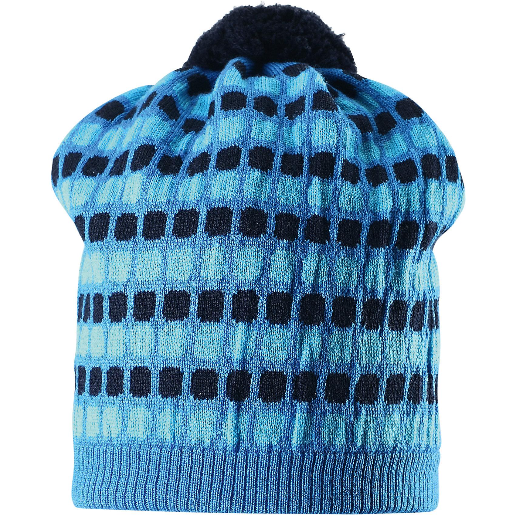 Шапка Silmukka для мальчика ReimaШапки и шарфы<br>Шапка для мальчика Reima<br>Шапка «Бини» для детей. Мягкая ткань из мериносовой шерсти для поддержания идеальной температуры тела. Мягкий, теплый и приятный на ощупь трикотаж. Товар сертифицирован Oeko-Tex, класс 2, нательное белье. Ветронепроницаемые вставки в области ушей. Сплошная подкладка: хлопчатобумажная ткань. Жаккардовый вязаный узор по всей поверхности. Веселые цветовые сочетания. Помпон сверху. Светоотражающий элемент сбоку.<br>Уход:<br>Стирать по отдельности, вывернув наизнанку. Придать первоначальную форму вo влажном виде. Возможна усадка 5 %.<br>Состав:<br>100% Шерсть<br><br>Ширина мм: 89<br>Глубина мм: 117<br>Высота мм: 44<br>Вес г: 155<br>Цвет: голубой<br>Возраст от месяцев: 48<br>Возраст до месяцев: 84<br>Пол: Мужской<br>Возраст: Детский<br>Размер: 54,50,56,52<br>SKU: 4777602