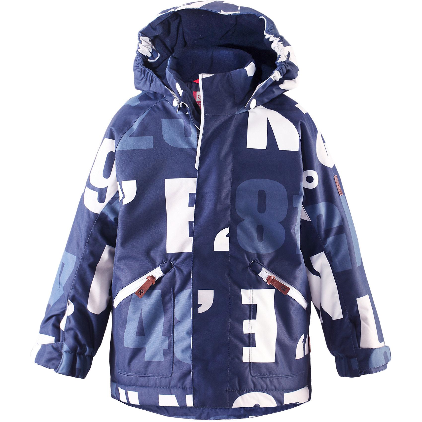 Куртка Nappaa для мальчика ReimaОдежда<br>Куртка для мальчика Reima<br>Зимняя куртка для детей. Основные швы проклеены и не пропускают влагу. Водо- и ветронепроницаемый, «дышащий» и грязеотталкивающий материал. Гладкая подкладка из полиэстраБезопасный, съемный капюшон. Регулируемый манжет на липучке. Регулируемый подол. Два кармана на молнии. Безопасные светоотражающие детали.<br>Утеплитель: Reima® Soft Loft insulation,160 g<br>Уход:<br>Стирать по отдельности, вывернув наизнанку. Застегнуть молнии и липучки. Стирать моющим средством, не содержащим отбеливающие вещества. Полоскать без специального средства. Во избежание изменения цвета изделие необходимо вынуть из стиральной машинки незамедлительно после окончания программы стирки. Сушить при низкой температуре.<br>Состав:<br>100% Полиамид, полиуретановое покрытие<br><br>Ширина мм: 356<br>Глубина мм: 10<br>Высота мм: 245<br>Вес г: 519<br>Цвет: синий<br>Возраст от месяцев: 36<br>Возраст до месяцев: 48<br>Пол: Мужской<br>Возраст: Детский<br>Размер: 104,134,122,128,140,110,116<br>SKU: 4777874