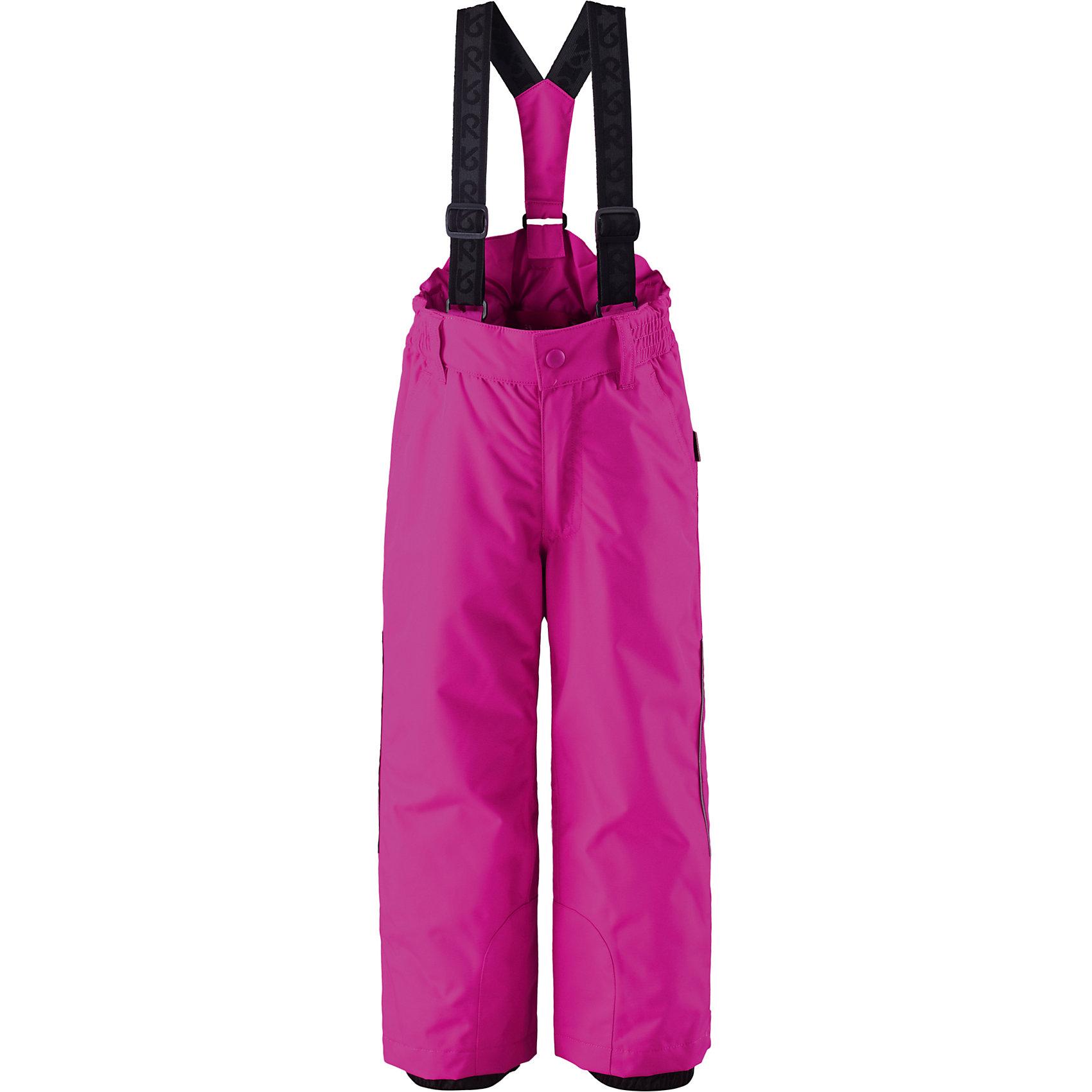 Брюки Procyon для девочки ReimaОдежда<br>Брюки  Reima<br>Зимние брюки для детей. Основные швы проклеены и не пропускают влагу. Водо- и ветронепроницаемый, «дышащий» и грязеотталкивающий материал. Прямой крой. Гладкая подкладка из полиэстра. Эластичная талия. Регулируемые штанины со снегозащитными манжетами. Липучки на штанинах. Ширинка на молнии. Боковые карманы. Регулируемые и отстегивающиеся эластичные подтяжки. Безопасные светоотражающие детали.<br>Утеплитель: Reima® Comfortinsulation,120 g<br>Уход:<br>Стирать по отдельности, вывернув наизнанку. Застегнуть молнии и липучки. Стирать моющим средством, не содержащим отбеливающие вещества. Полоскать без специального средства. Во избежание изменения цвета изделие необходимо вынуть из стиральной машинки незамедлительно после окончания программы стирки. Сушить при низкой температуре.<br>Состав:<br>100% Полиамид, полиуретановое покрытие<br><br>Ширина мм: 215<br>Глубина мм: 88<br>Высота мм: 191<br>Вес г: 336<br>Цвет: розовый<br>Возраст от месяцев: 24<br>Возраст до месяцев: 36<br>Пол: Женский<br>Возраст: Детский<br>Размер: 140,128,98,104,116,110,134,122<br>SKU: 4778014