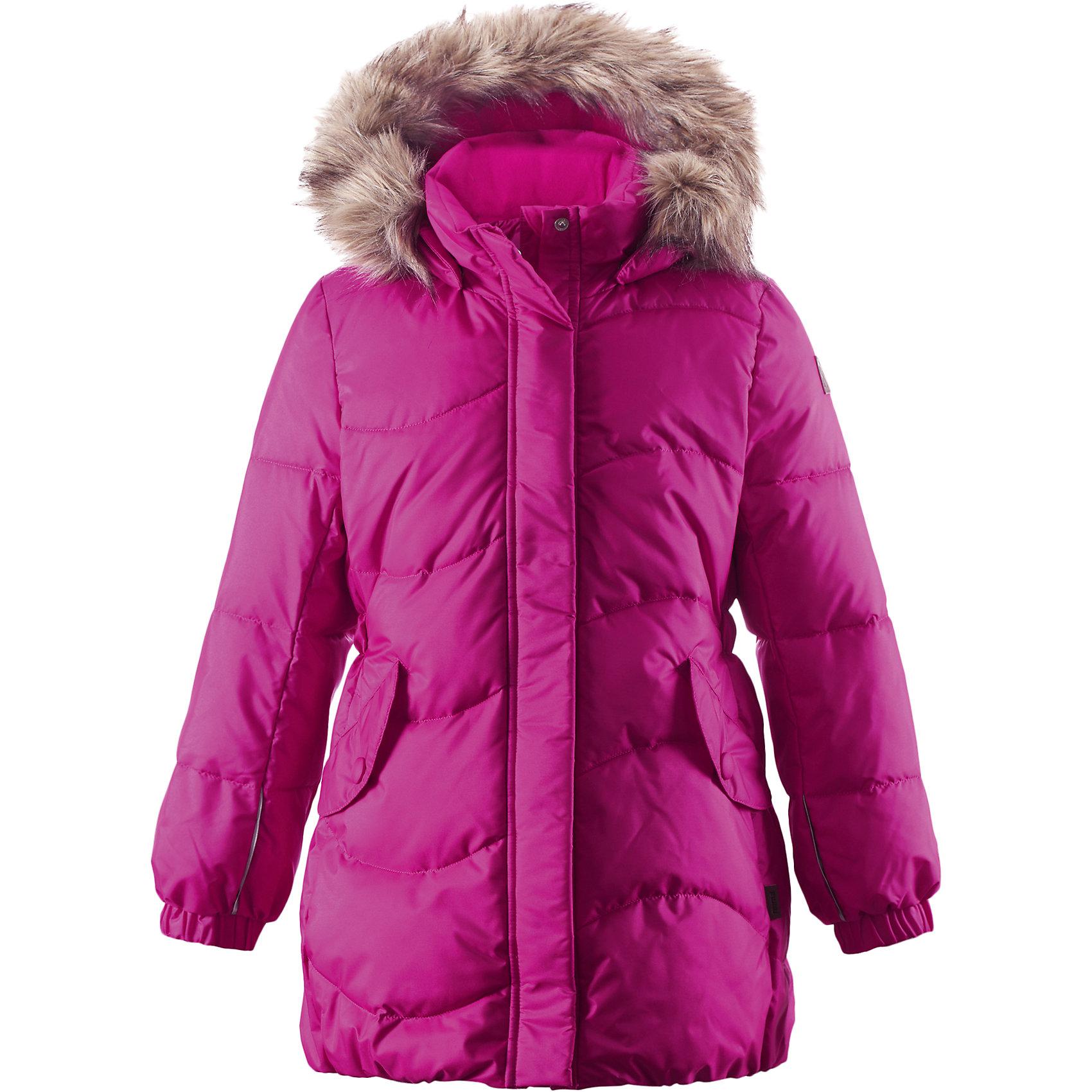 Пальто Sula для девочки ReimaОдежда<br>Пальто для девочки Reima<br>Зимняя куртка для подростков. Водоотталкивающий, ветронепроницаемый, «дышащий» и грязеотталкивающий материал. Крой для девочек. Гладкая подкладка из полиэстра. Имитация пуха Безопасный съемный капюшон с отсоединяемой меховой каймой из искусственного меха. Эластичные манжеты. Эластичная талия. Два кармана с клапанами. Безопасные светоотражающие элементы. Петля для дополнительных светоотражающих деталей.<br>Уход:<br>Стирать по отдельности, вывернув наизнанку. Перед стиркой отстегните искусственный мех. Застегнуть молнии и липучки. Стирать моющим средством, не содержащим отбеливающие вещества. Полоскать без специального средства. Во избежание изменения цвета изделие необходимо вынуть из стиральной машинки незамедлительно после окончания программы стирки. Сушить при низкой температуре.<br>Состав:<br>65% Полиамид, 35% Полиэстер, полиуретановое покрытие<br><br>Ширина мм: 356<br>Глубина мм: 10<br>Высота мм: 245<br>Вес г: 519<br>Цвет: розовый<br>Возраст от месяцев: 120<br>Возраст до месяцев: 132<br>Пол: Женский<br>Возраст: Детский<br>Размер: 104,122,146,152,158,110,134,128,164,116,140<br>SKU: 4778279