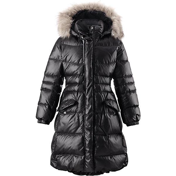 Пальто Satu для девочки ReimaОдежда<br>Пальто для девочки Reima<br>Куртка для подростков. Водоотталкивающий, ветронепроницаемый, «дышащий» и грязеотталкивающий материал. Крой для девочек. Гладкая подкладка из полиэстра. Безопасный съемный капюшон с отсоединяемой меховой каймой из искусственного меха. Эластичный пояс сзади. Эластичные подол и манжеты. Двухсторонняя молния по всей длине. Два кармана с клапанами. Безопасные светоотражающие детали. Петля для дополнительных светоотражающих деталей.<br>Уход:<br>Стирать по отдельности, вывернув наизнанку. Перед стиркой отстегните искусственный мех. Застегнуть молнии и липучки. Стирать моющим средством, не содержащим отбеливающие вещества. Полоскать без специального средства. Во избежание изменения цвета изделие необходимо вынуть из стиральной машинки незамедлительно после окончания программы стирки. Барабанное сушение при низкой температуре с 3 теннисными мячиками. Выверните изделие наизнанку в середине сушки.<br>Состав:<br>100% Полиэстер<br><br>Ширина мм: 356<br>Глубина мм: 10<br>Высота мм: 245<br>Вес г: 519<br>Цвет: черный<br>Возраст от месяцев: 60<br>Возраст до месяцев: 72<br>Пол: Женский<br>Возраст: Детский<br>Размер: 116,128,164,158,152,146,140,122,134,110,104<br>SKU: 4778594