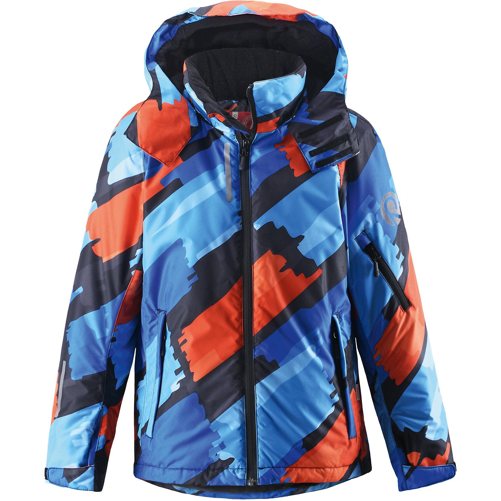 Куртка Detour для мальчика ReimaКуртка для мальчика Reima<br>Зимняя куртка для подростков. Основные швы проклеены и не пропускают влагу. Водо- и ветронепроницаемый, «дышащий» и грязеотталкивающий материал. Гладкая подкладка из полиэстра. Безопасный, отстегивающийся и регулируемый капюшон. Регулируемые манжеты и внутренние манжеты из лайкры. Регулируемый подол, снегозащитный манжет на талииНовая усовершенствованная молния — больше не застревает! Карманы на молнии, карман для skipass на рукаве. Карман для очков и внутренний нагрудный карман. Принт по всей поверхности.<br>Утеплитель: Reima® Flex insulation,140 g<br>Уход:<br>Стирать по отдельности, вывернув наизнанку. Застегнуть молнии и липучки. Стирать моющим средством, не содержащим отбеливающие вещества. Полоскать без специального средства. Во избежание изменения цвета изделие необходимо вынуть из стиральной машинки незамедлительно после окончания программы стирки. Сушить при низкой температуре.<br>Состав:<br>100% Полиамид, полиуретановое покрытие<br><br>Ширина мм: 356<br>Глубина мм: 10<br>Высота мм: 245<br>Вес г: 519<br>Цвет: голубой<br>Возраст от месяцев: 48<br>Возраст до месяцев: 60<br>Пол: Мужской<br>Возраст: Детский<br>Размер: 110,164,104,116,122,128,134,140,146,152,158<br>SKU: 4778657