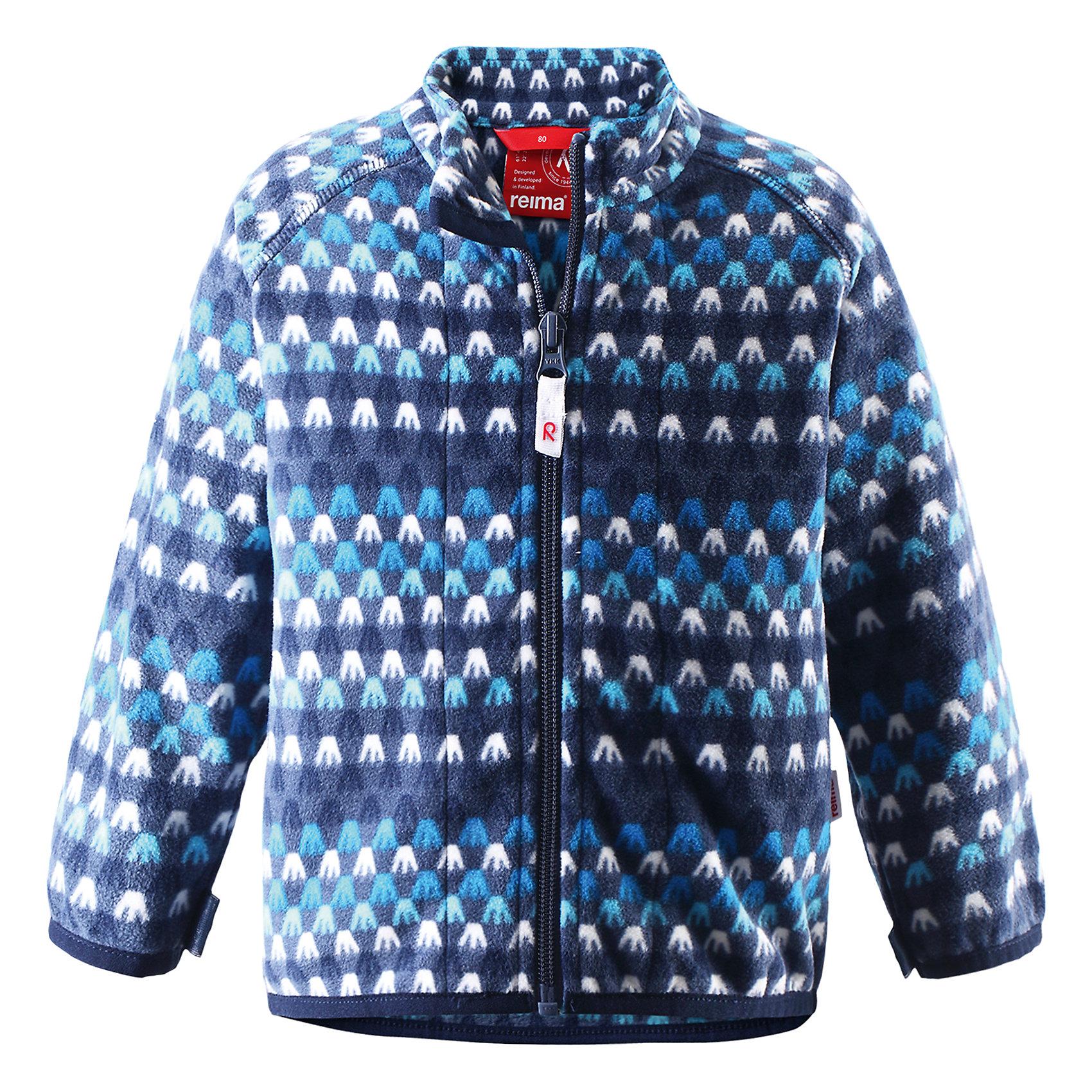 Куртка флисовая Vemmel ReimaКуртка флисовая  Reima<br>Флисовая куртка для малышей. Выводит влагу наружу и быстро сохнет. Теплый, легкий и быстросохнущий поларфлис. Может пристегиваться к верхней одежде Reima® кнопками Play Layers®. Эластичные манжеты. Удлиненный подол сзади. Молния по всей длине с защитой подбородка. Принт по всей поверхности.<br>Уход:<br>Стирать по отдельности, вывернув наизнанку. Застегнуть молнии. Стирать моющим средством, не содержащим отбеливающие вещества. Полоскать без специального средства.  Сушить при низкой температуре.<br>Состав:<br>100% Полиэстер<br><br>Ширина мм: 356<br>Глубина мм: 10<br>Высота мм: 245<br>Вес г: 519<br>Цвет: синий<br>Возраст от месяцев: 9<br>Возраст до месяцев: 12<br>Пол: Унисекс<br>Возраст: Детский<br>Размер: 80,98,74,86,92<br>SKU: 4778960
