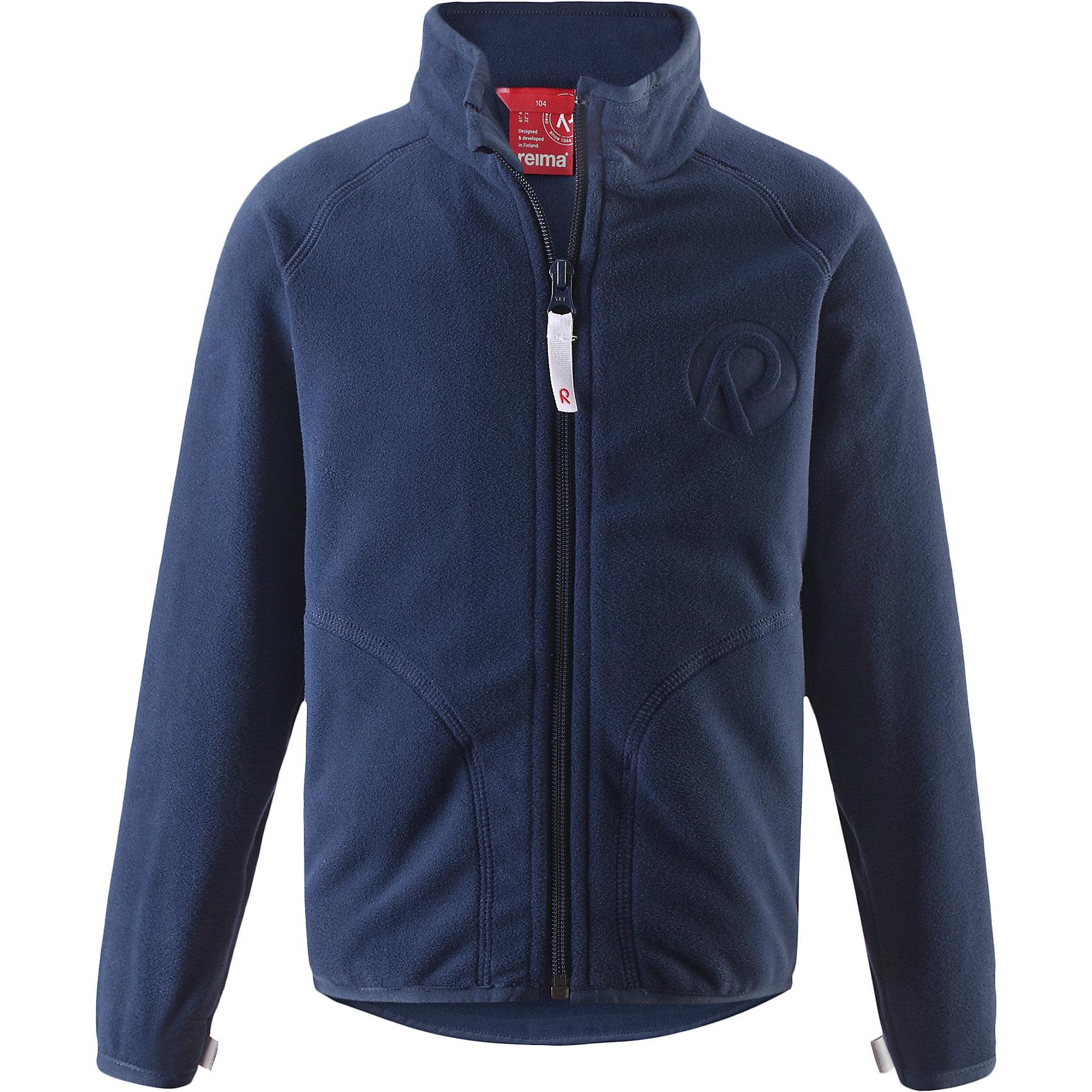Куртка флисовая Inrun для мальчика ReimaКуртка флисовая  Reima<br>Флисовая куртка для детей. Выводит влагу наружу и быстро сохнет. Теплый, легкий и быстросохнущий поларфлис. Может пристегиваться к верхней одежде Reima® кнопками Play Layers®. Эластичные манжеты. Удлиненный подол сзади. Молния по всей длине с защитой подбородка. Боковые карманы. Аппликация.<br>Уход:<br>Стирать по отдельности, вывернув наизнанку. Застегнуть молнии. Стирать моющим средством, не содержащим отбеливающие вещества. Полоскать без специального средства.  Сушить при низкой температуре.<br>Состав:<br>100% Полиэстер<br><br>Ширина мм: 356<br>Глубина мм: 10<br>Высота мм: 245<br>Вес г: 519<br>Цвет: синий<br>Возраст от месяцев: 18<br>Возраст до месяцев: 24<br>Пол: Мужской<br>Возраст: Детский<br>Размер: 92,122,116,110,104,140,98,134,128<br>SKU: 4779122