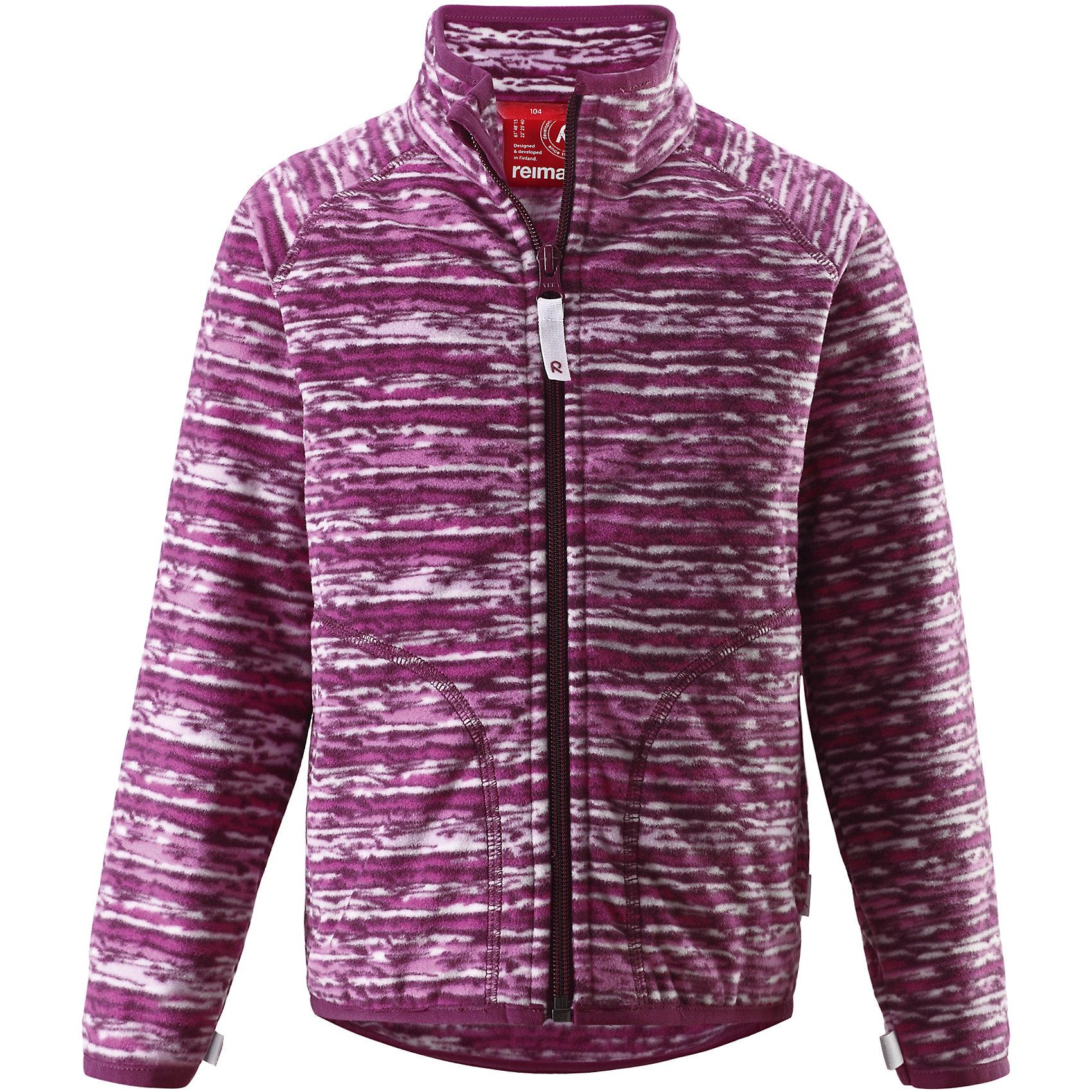 Куртка флисовая Vikkelin для девочки ReimaКуртка флисовая  Reima<br>Флисовая куртка для детей. Выводит влагу наружу и быстро сохнет. Теплый, легкий и быстросохнущий поларфлис. Может пристегиваться к верхней одежде Reima® кнопками Play Layers®. Эластичные манжеты. Удлиненный подол сзади. Молния по всей длине с защитой подбородка. Боковые карманы. Принт по всей поверхности.<br>Уход:<br>Стирать по отдельности, вывернув наизнанку. Застегнуть молнии. Стирать моющим средством, не содержащим отбеливающие вещества. Полоскать без специального средства.  Сушить при низкой температуре.<br>Состав:<br>100% Полиэстер<br><br>Ширина мм: 356<br>Глубина мм: 10<br>Высота мм: 245<br>Вес г: 519<br>Цвет: фиолетовый<br>Возраст от месяцев: 24<br>Возраст до месяцев: 36<br>Пол: Женский<br>Возраст: Детский<br>Размер: 92,104,110,116,122,128,134,140,98<br>SKU: 4779206