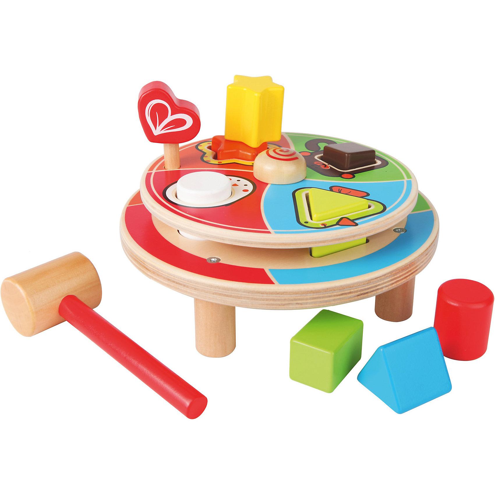 Деревянная игрушка сортер Животные, HapeДеревянные игрушки<br>Деревянный сортер Животные состоит из ярких строительных блоков, которые надолго привлекут внимание ребенка. Нужно повернуть круг и стукнуть молоточком по предмету. Для каждой фигурки предусмотрено отверстие, с изображением животного.<br><br>Дополнительная информация:<br><br>- Возраст: от 18 месяцев до 3 лет<br>- В комплекте: сортер с 2 платформами, 8 фигурок, молоточек<br>- Материал: дерево, пластик<br>- Размер упаковки: 21х13х24 см<br>- Вес: 1 кг<br><br>Деревянную игрушку сортер Животные, Hape можно купить в нашем интернет-магазине.<br><br>Ширина мм: 240<br>Глубина мм: 130<br>Высота мм: 210<br>Вес г: 800<br>Возраст от месяцев: 18<br>Возраст до месяцев: 36<br>Пол: Унисекс<br>Возраст: Детский<br>SKU: 4779532
