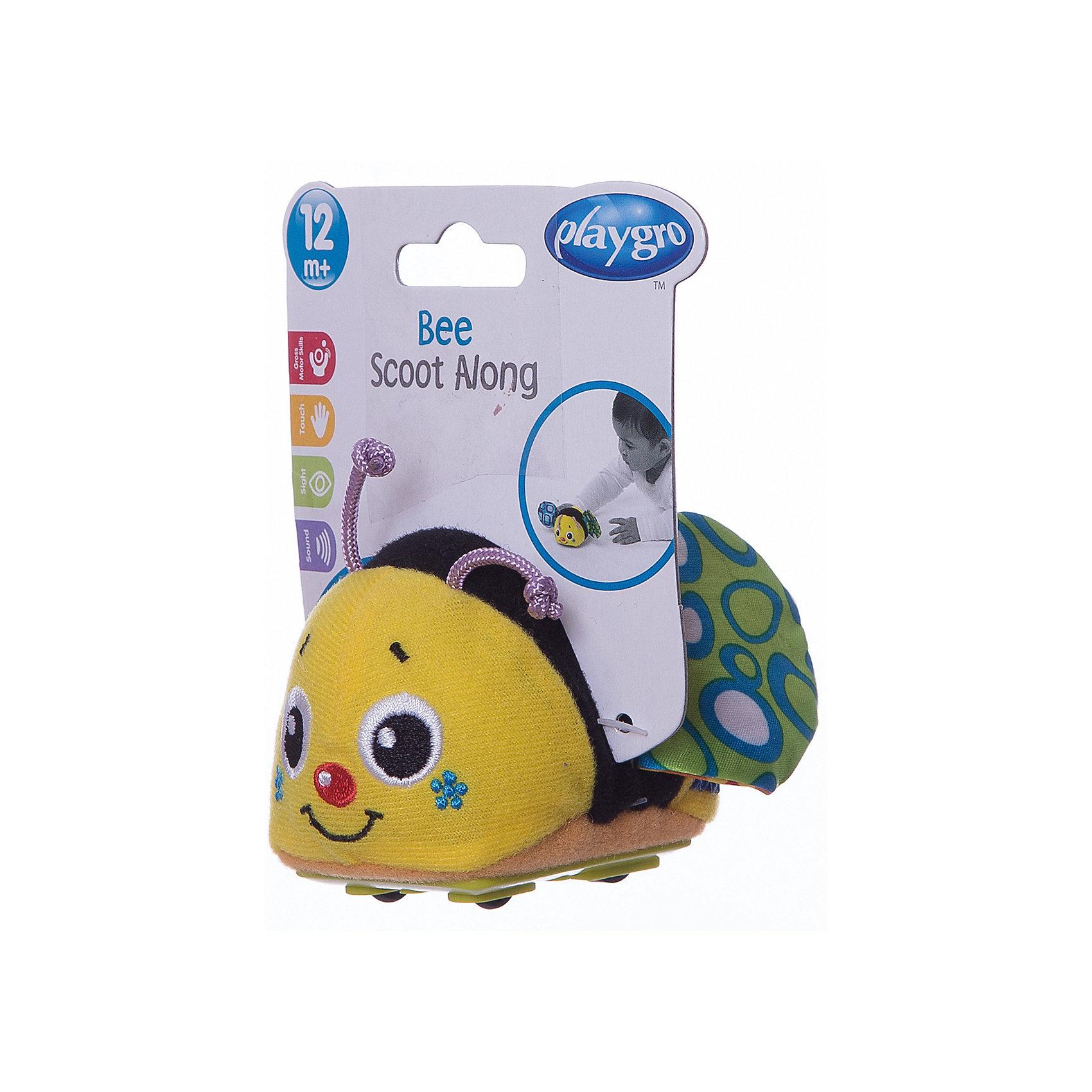 Игрушка инерционная Пчелка, PlaygroРазвивающие игрушки<br>Креативная игрушка Пчелка принесет ребенку много радости и веселья. Внутри игрушки находится инерционный механизм: если оттянуть ее назад и отпустить, и она моментально убежит вперед. При движении симпатичная пчелка издает характерные звуки, которые развивают слуховое восприятие ребенка.<br><br>Дополнительная информация:<br><br>- Возраст: от 6 месяцев до 3 лет<br>- Материал: пластик, текстиль<br>- Размер: 8х7х8 см<br>- Вес: 0.05 кг<br><br>Игрушку инерционная Пчелка, Playgro можно купить в нашем интернет-магазине.<br><br>Ширина мм: 80<br>Глубина мм: 70<br>Высота мм: 80<br>Вес г: 50<br>Возраст от месяцев: 6<br>Возраст до месяцев: 36<br>Пол: Унисекс<br>Возраст: Детский<br>SKU: 4779539