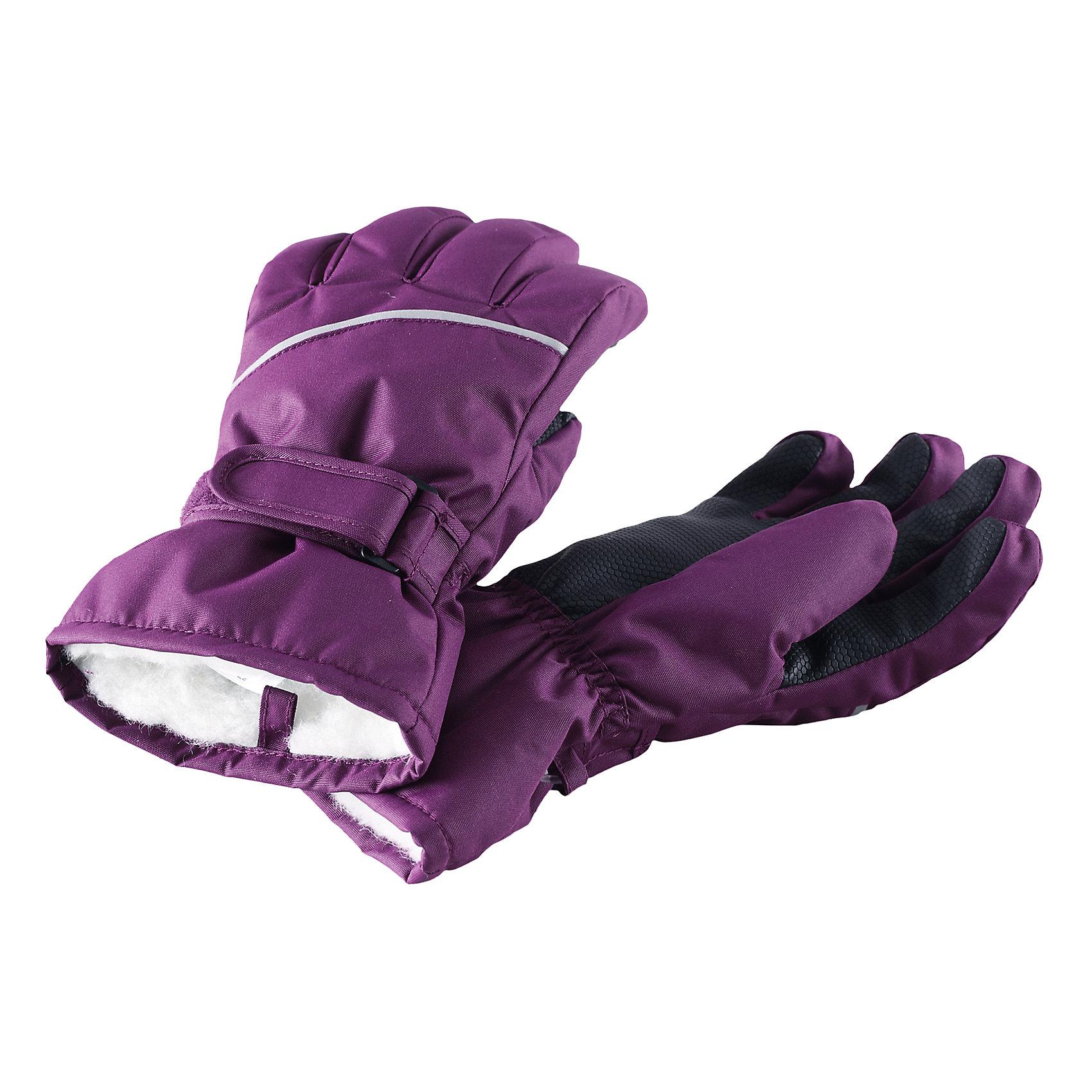 Перчатки Harald для девочки ReimaПерчатки, варежки<br>Перчатки  Reima<br>Зимние перчатки для детей. Водонепроницаемый материал, вставки отсутствуют — товар не является водонепроницаемым. Водо- и ветронепроницаемый и грязеотталкивающий материал. Накладки на ладонях, кончиках пальцев и больших пальцах. Теплая ворсистая подкладка из ткани из смеси шерсти. Средняя степень утепления. Простая застежка на липучке. Логотип Reima® сбоку. Светоотражающие полосы.<br>Утеплитель: Reima® Comfortinsulation,80 g<br>Уход:<br>Стирать по отдельности. Стирать моющим средством, не содержащим отбеливающие вещества. Полоскать без специального средства. Сушить при низкой температуре. <br>Состав:<br>100% Полиамид, полиуретановое покрытие<br><br>Ширина мм: 162<br>Глубина мм: 171<br>Высота мм: 55<br>Вес г: 119<br>Цвет: лиловый<br>Возраст от месяцев: 72<br>Возраст до месяцев: 96<br>Пол: Женский<br>Возраст: Детский<br>Размер: 5,3,4,6,7,8<br>SKU: 4779785