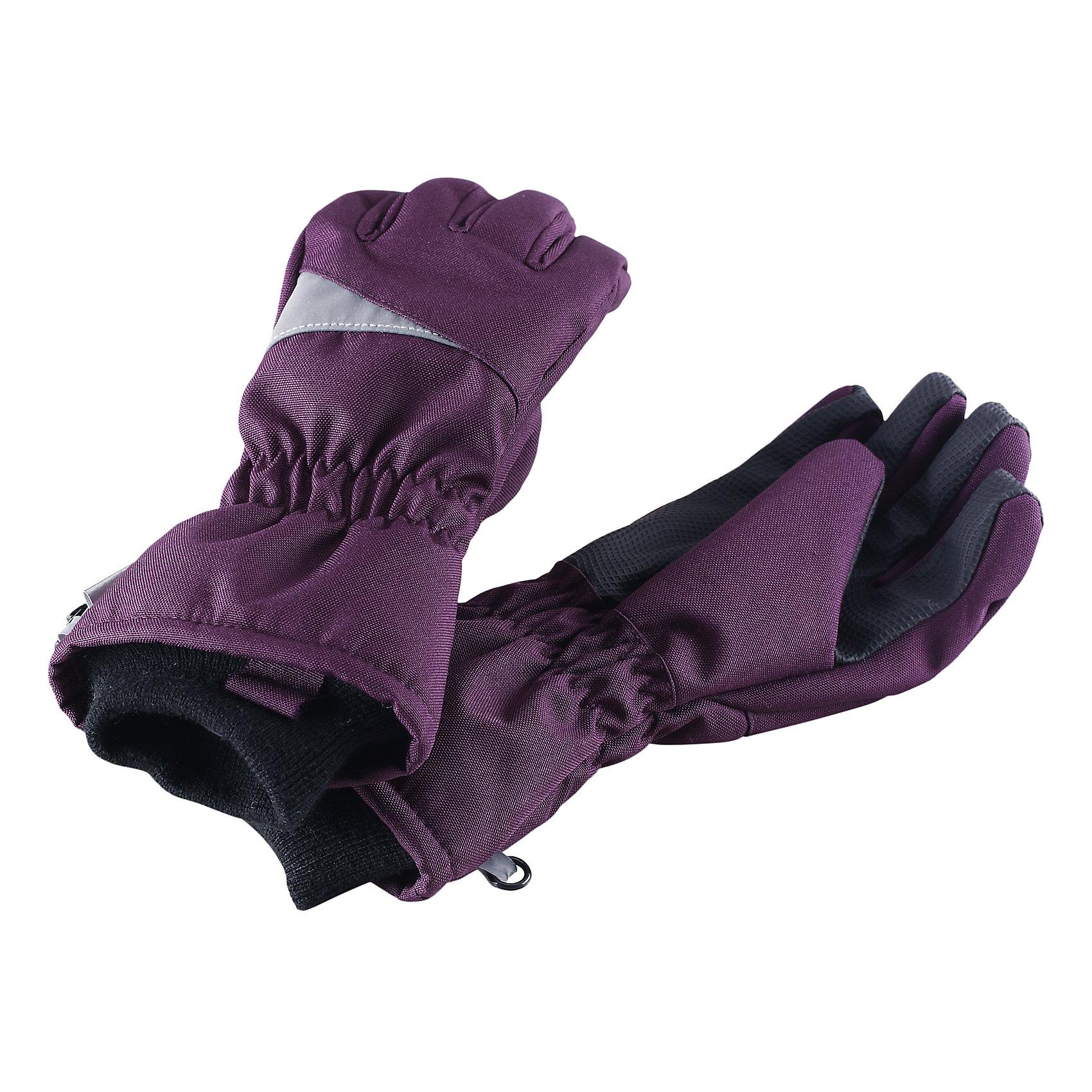 Перчатки LASSIEПерчатки, варежки<br>Зимние перчатки для детей Lassietec®.<br><br>- Сверхпрочный материал. Водонепроницаемая вставка. Водо- и ветронепроницаемый «дышащий» материал.<br>- Накладки на ладонях и больших пальцах.<br>- Подкладка из полиэстера с начесом. <br>- Средняя степень утепления.<br>-  Безопасные светоотражающие детали. Светоотражающая эмблема Lassie®.<br><br> Рекомендации по уходу: Полоскать без специального средства. Сушить при низкой температуре.<br><br> Состав: 100% Полиамид, полиуретановое покрытие.  Утеплитель «Lassie wadding» 120гр.<br><br>Ширина мм: 162<br>Глубина мм: 171<br>Высота мм: 55<br>Вес г: 119<br>Цвет: лиловый<br>Возраст от месяцев: 120<br>Возраст до месяцев: 144<br>Пол: Женский<br>Возраст: Детский<br>Размер: 6,3,4,5<br>SKU: 4780583