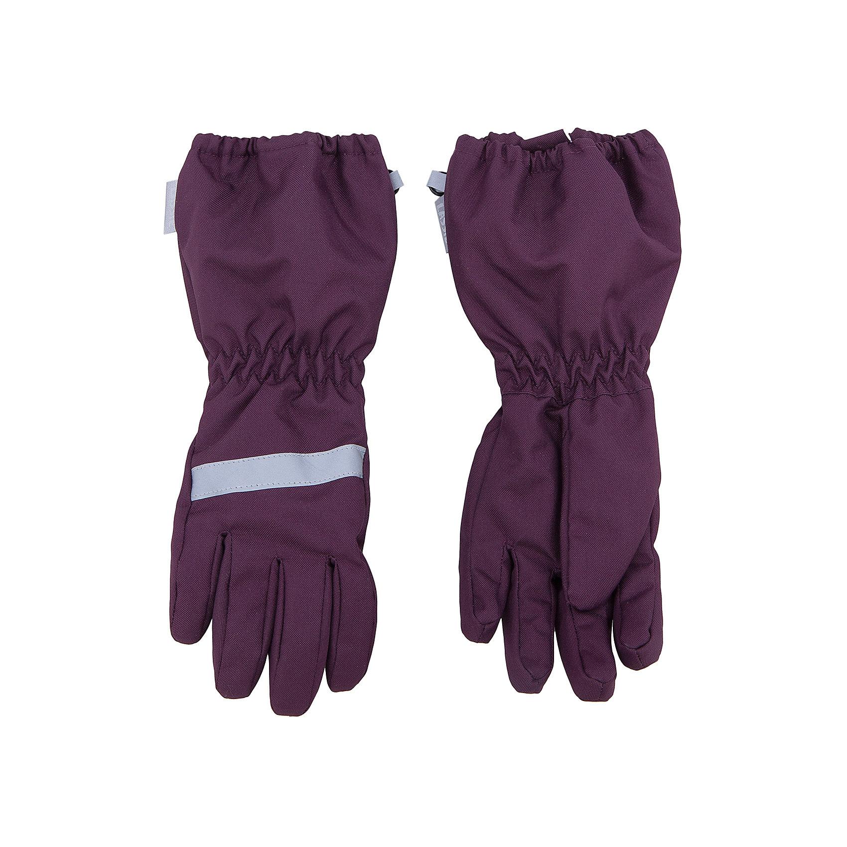 Перчатки для девочки LASSIEПерчатки и варежки<br>Зимние перчатки для детей известной финской марки.<br><br>- Сверхпрочный материал. Водоотталкивающий, ветронепроницаемый и грязеотталкивающий материал. <br>- Подкладка из полиэстера с начесом. <br>- Средняя степень утепления.<br>-  Безопасные светоотражающие детали. Светоотражающая эмблема Lassie®.  <br><br>Рекомендации по уходу: Полоскать без специального средства. Сушить при низкой температуре.<br><br> Состав: 100% Полиамид, полиуретановое покрытие.  Утеплитель «Lassie wadding» 120гр.<br><br>Ширина мм: 162<br>Глубина мм: 171<br>Высота мм: 55<br>Вес г: 119<br>Цвет: фиолетовый<br>Возраст от месяцев: 120<br>Возраст до месяцев: 144<br>Пол: Женский<br>Возраст: Детский<br>Размер: 6,3,4,5<br>SKU: 4780643