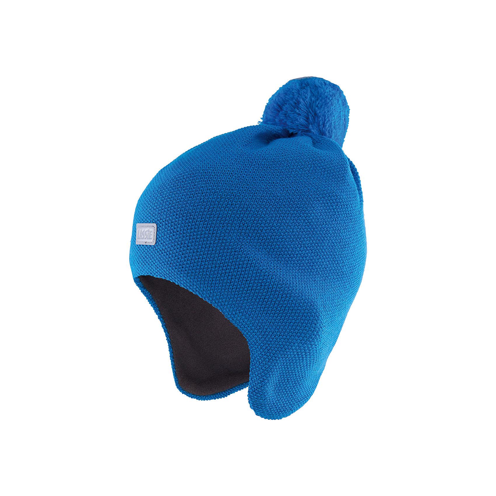 Шапка для мальчика LASSIEШапки и шарфы<br>Шапка «Бини» для детей известной финской марки.<br><br>- Мягкая и теплая ткань из смеси шерсти.<br><br>- Ветронепроницаемые вставки в области ушей.<br>- Мягкая теплая подкладка из флиса. <br>- Помпон сверху. <br>- Декоративная структура поверхности. <br>- Светоотражающая эмблема Lassie® спереди.  <br><br>Рекомендации по уходу: Придать первоначальную форму вo влажном виде. <br><br>Возможна усадка 5 %.Состав: 50% Шерсть, 50% полиакрил.<br><br>Ширина мм: 89<br>Глубина мм: 117<br>Высота мм: 44<br>Вес г: 155<br>Цвет: синий<br>Возраст от месяцев: 12<br>Возраст до месяцев: 24<br>Пол: Мужской<br>Возраст: Детский<br>Размер: 46-48,54-56,50-52<br>SKU: 4780729