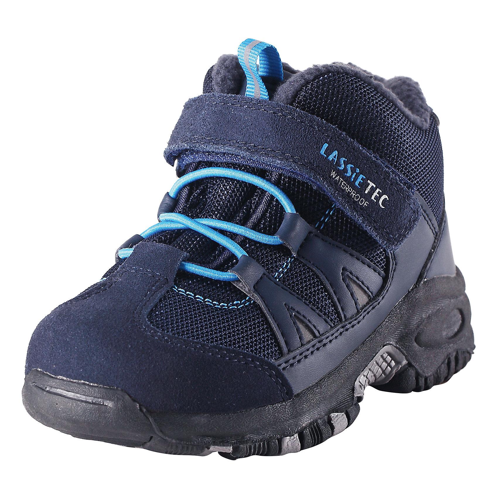 Ботинки для мальчика LASSIE by ReimaБотинки для детей Lassietec®. <br><br>- Водонепроницаемая зимняя обувь. <br>- Верх из натуральной замши (из телячьей кожи), синтетического материала и текстиля. <br>- Подошва из термопластичного каучука обеспечивает хорошее сцепление с поверхностью. <br>- Текстильная подкладка. <br>- Съемные стельки. <br>- Простая застежка на липучке с эластичными шнурками для регулировки размера. <br>- Светоотражающие детали.<br><br>Храните обувь в вертикальном положении при комнатной температуре. Сушить обувь всегда следует при комнатной температуре: вынув съемные стельки. Стельки следует время от времени заменять на новые. Налипшую грязь можно счищать щеткой или влажной тряпкой. Перед использованием обувь рекомендуется обрабатывать специальными защитными средствами.<br><br>Состав: Подошва: Термопластиковая резина, Верх: 70% ПЭ 20% ПУ 10% Кожа.<br><br>Ширина мм: 262<br>Глубина мм: 176<br>Высота мм: 97<br>Вес г: 427<br>Цвет: синий<br>Возраст от месяцев: 24<br>Возраст до месяцев: 24<br>Пол: Мужской<br>Возраст: Детский<br>Размер: 25,22,35,34,33,32,31,30,29,28,27,26,24,23<br>SKU: 4780887