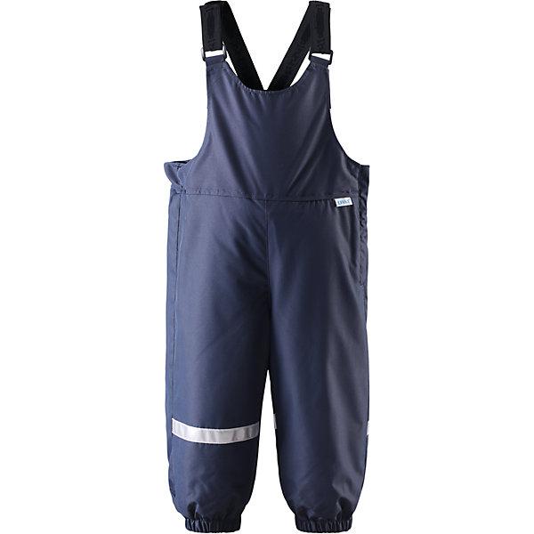 Полукомбинезон LASSIEВерхняя одежда<br>Зимние брюки для малышей известной финской марки.<br><br>- Водоотталкивающий, ветронепроницаемый, «дышащий» и грязеотталкивающий материал.<br>- Задний серединный шов проклеен.<br>- Мягкая теплая подкладка из флиса. <br>- Гладкая подкладка из полиэстра. <br>- Средняя степень утепления. <br>- Эластичные штанины. <br>- Съемные эластичные штрипки. <br>- Легко надевать благодаря молнии.<br>-  Регулируемые подтяжки.<br><br>Рекомендации по уходу: Стирать по отдельности, вывернув наизнанку. Застегнуть молнии и липучки. Соблюдать температуру в соответствии с руководством по уходу. Стирать моющим средством, не содержащим отбеливающие вещества. Полоскать без специального средства. Сушение в сушильном шкафу разрешено при  низкой температуре.<br><br>Состав: 100% Полиамид, полиуретановое покрытие.  Утеплитель «Lassie wadding» 140гр.<br><br>Ширина мм: 215<br>Глубина мм: 88<br>Высота мм: 191<br>Вес г: 336<br>Цвет: синий<br>Возраст от месяцев: 12<br>Возраст до месяцев: 15<br>Пол: Унисекс<br>Возраст: Детский<br>Размер: 80,74,98,92,86<br>SKU: 4781497